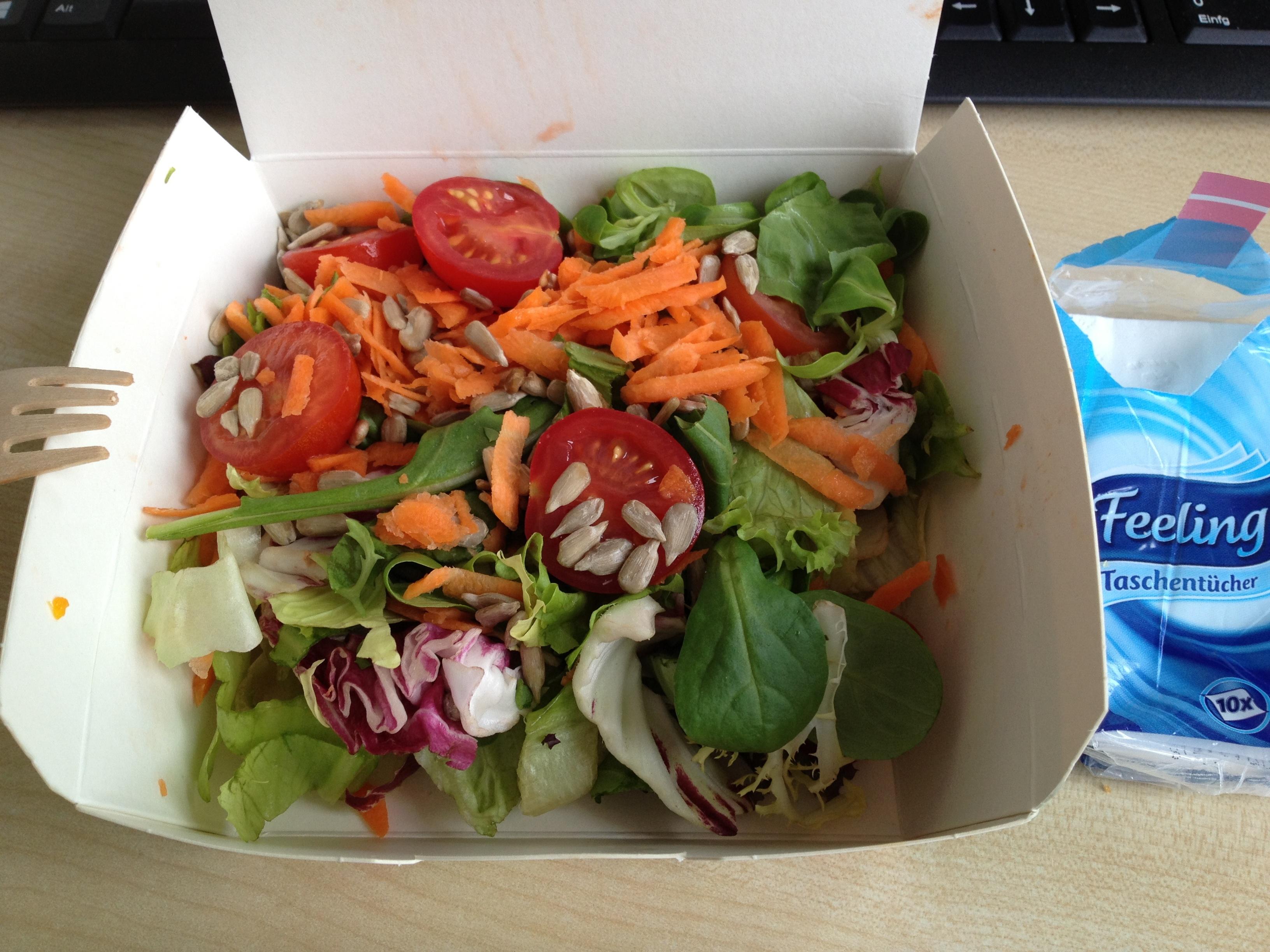http://foodloader.net/BrollyLSSJ_2013-05-22_burgerme_-_Salat.jpg