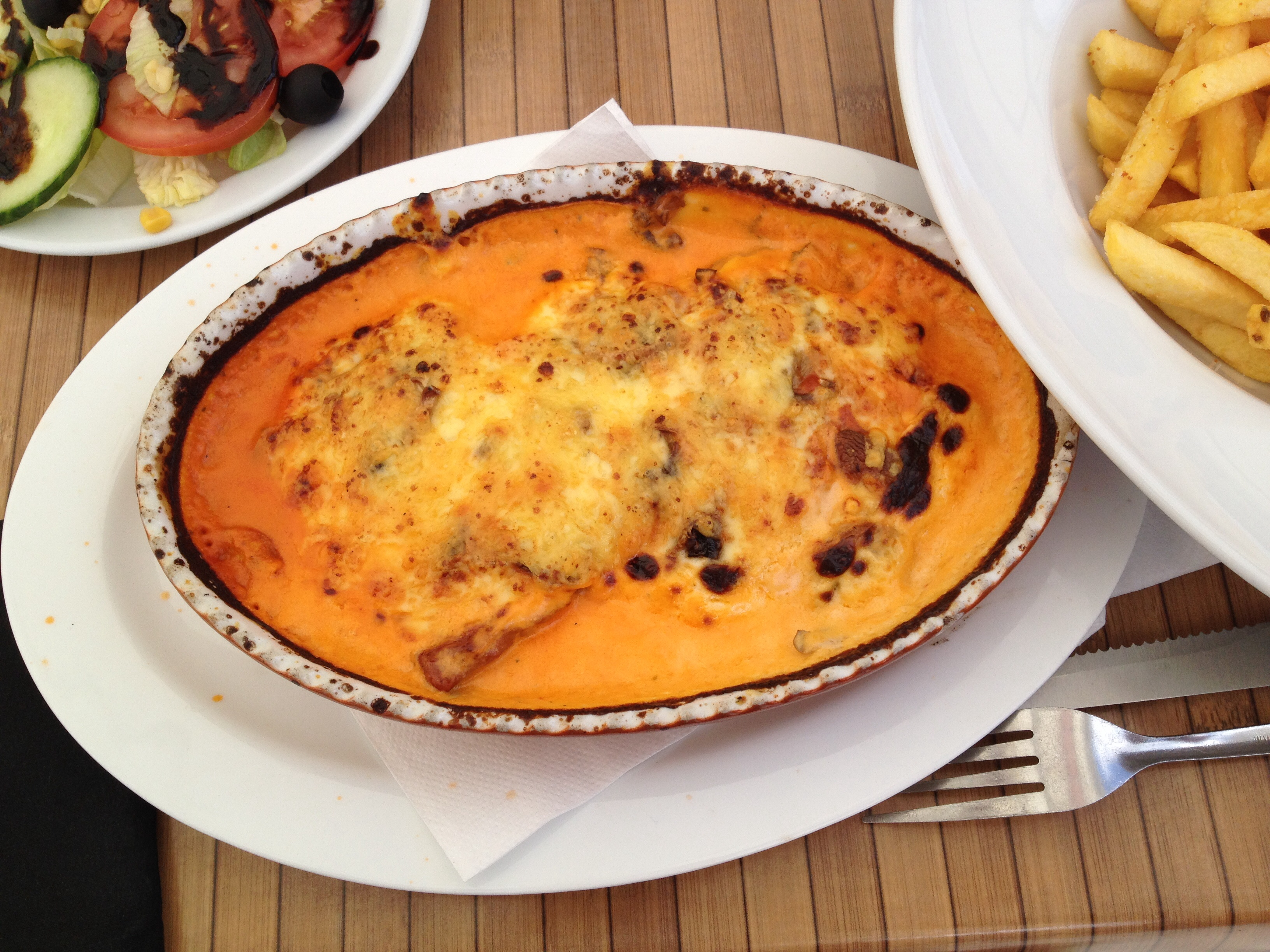 http://foodloader.net/BrollyLSSJ_2014-07-16_Taverna_Da_Vinci_-_3_Schnitzel_in_Rahmsauce.jpg
