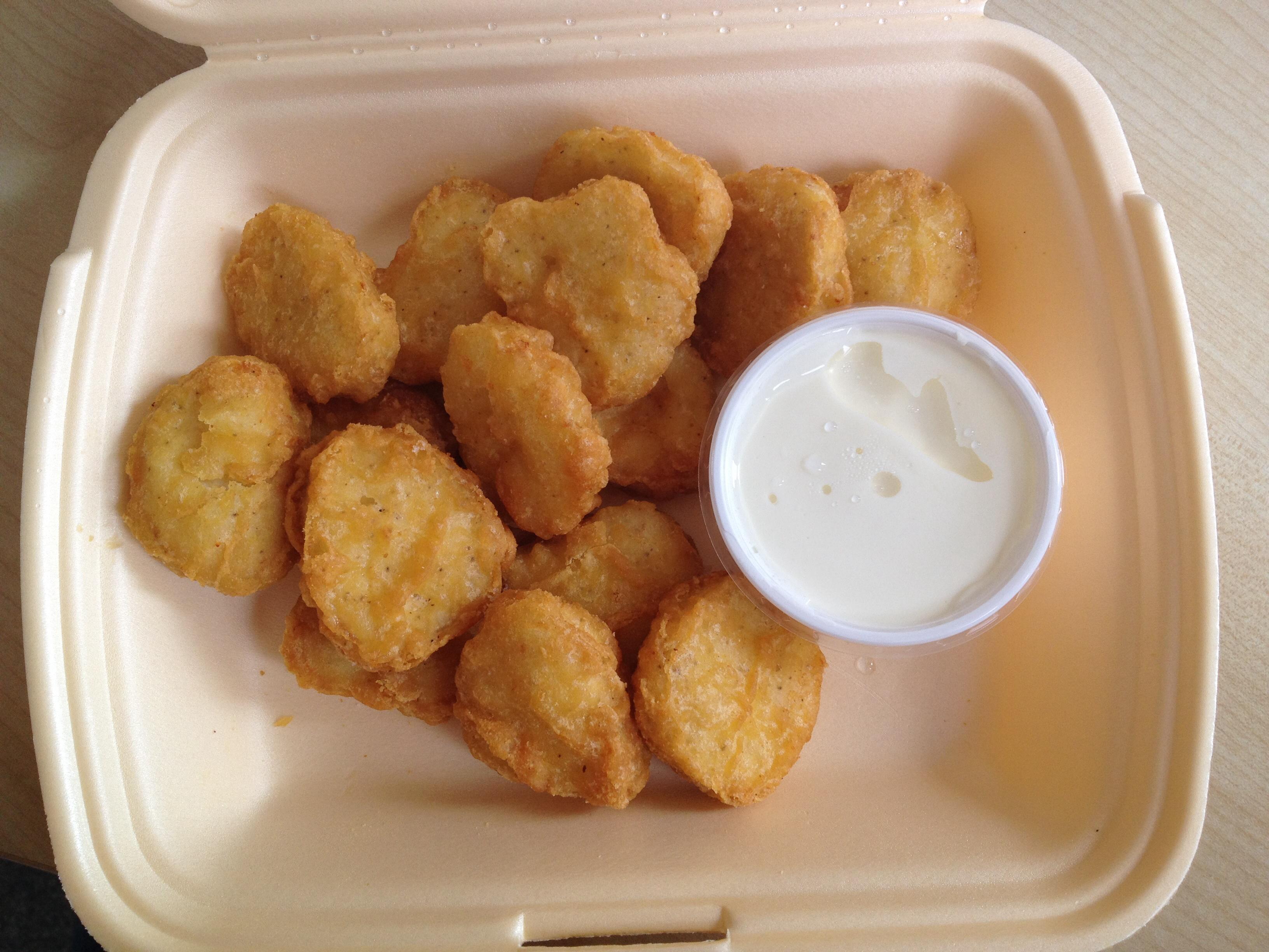 https://foodloader.net/BrollyLSSJ_2014-09-05_Liberty_s_Drinks_&_Food_-_15_Chicken_Nuggets___Crema_Fresca_Dip.jpg