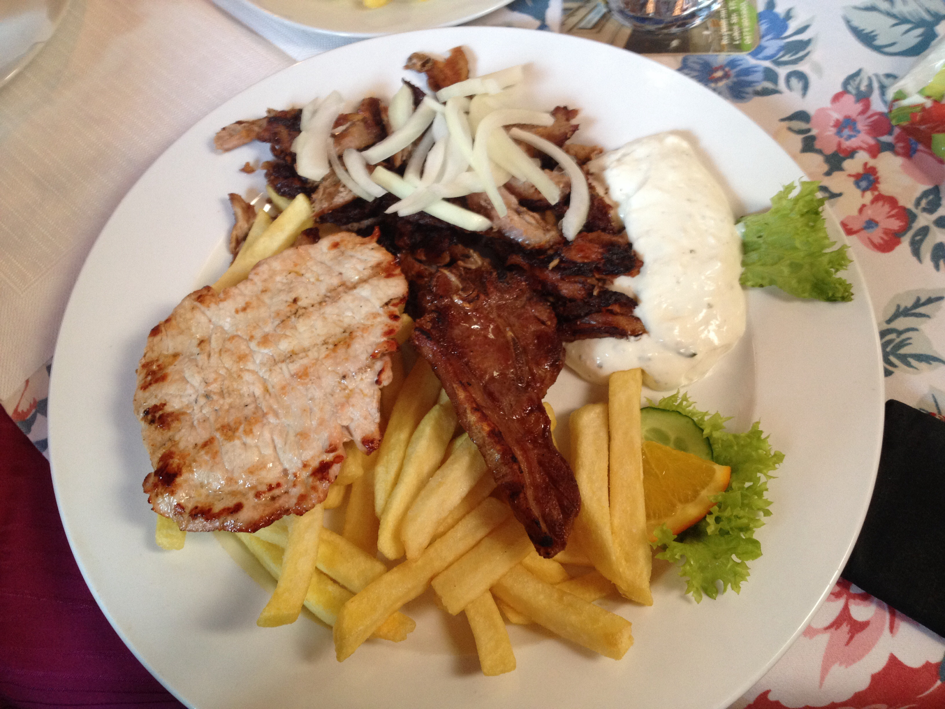 http://foodloader.net/BrollyLSSJ_2014-12-28_Adria_II_-_Korinth_Teller.jpg
