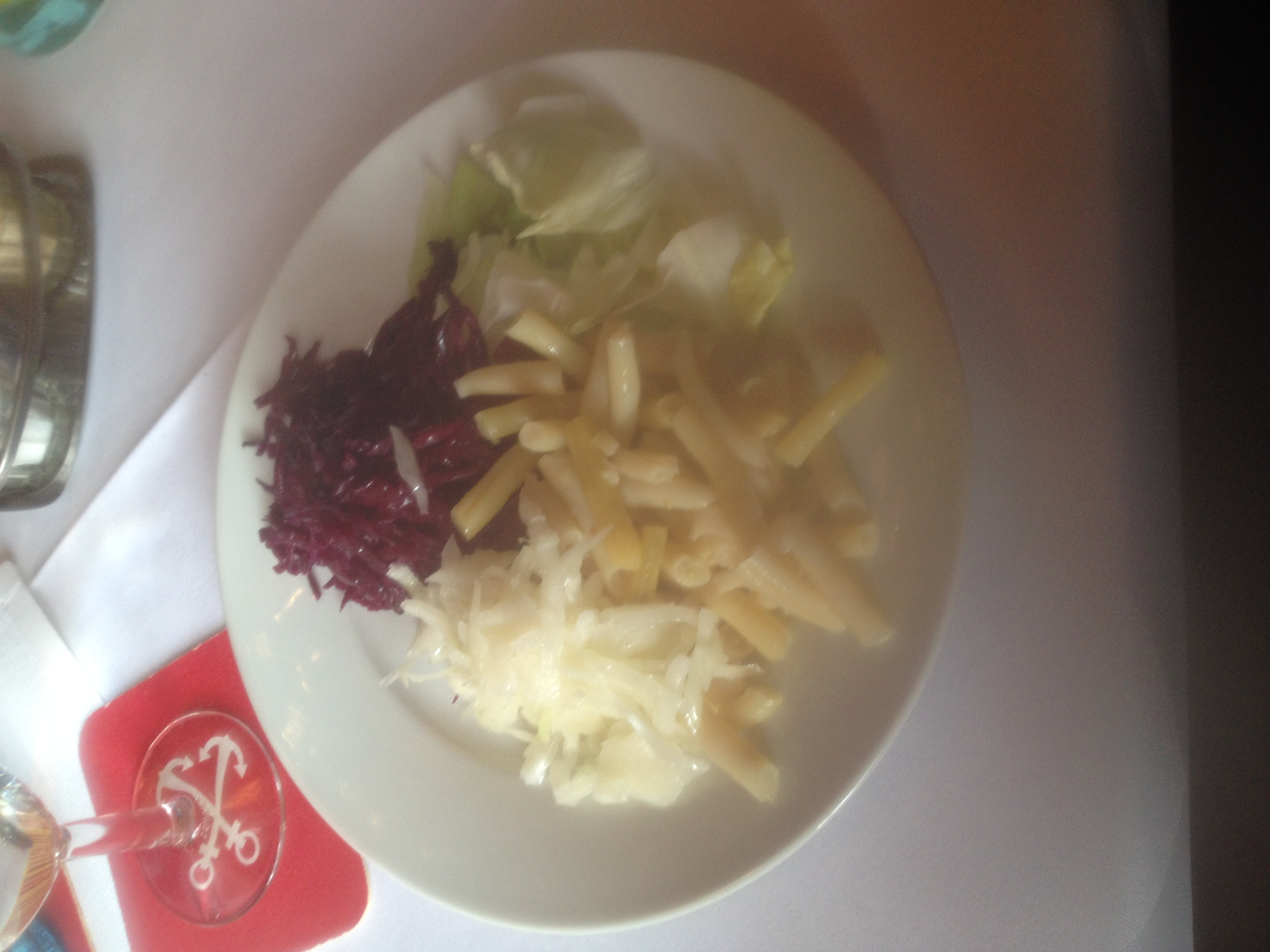 https://foodloader.net/BrollyLSSJ_2015-11-28_Adria_-_Salat.jpg