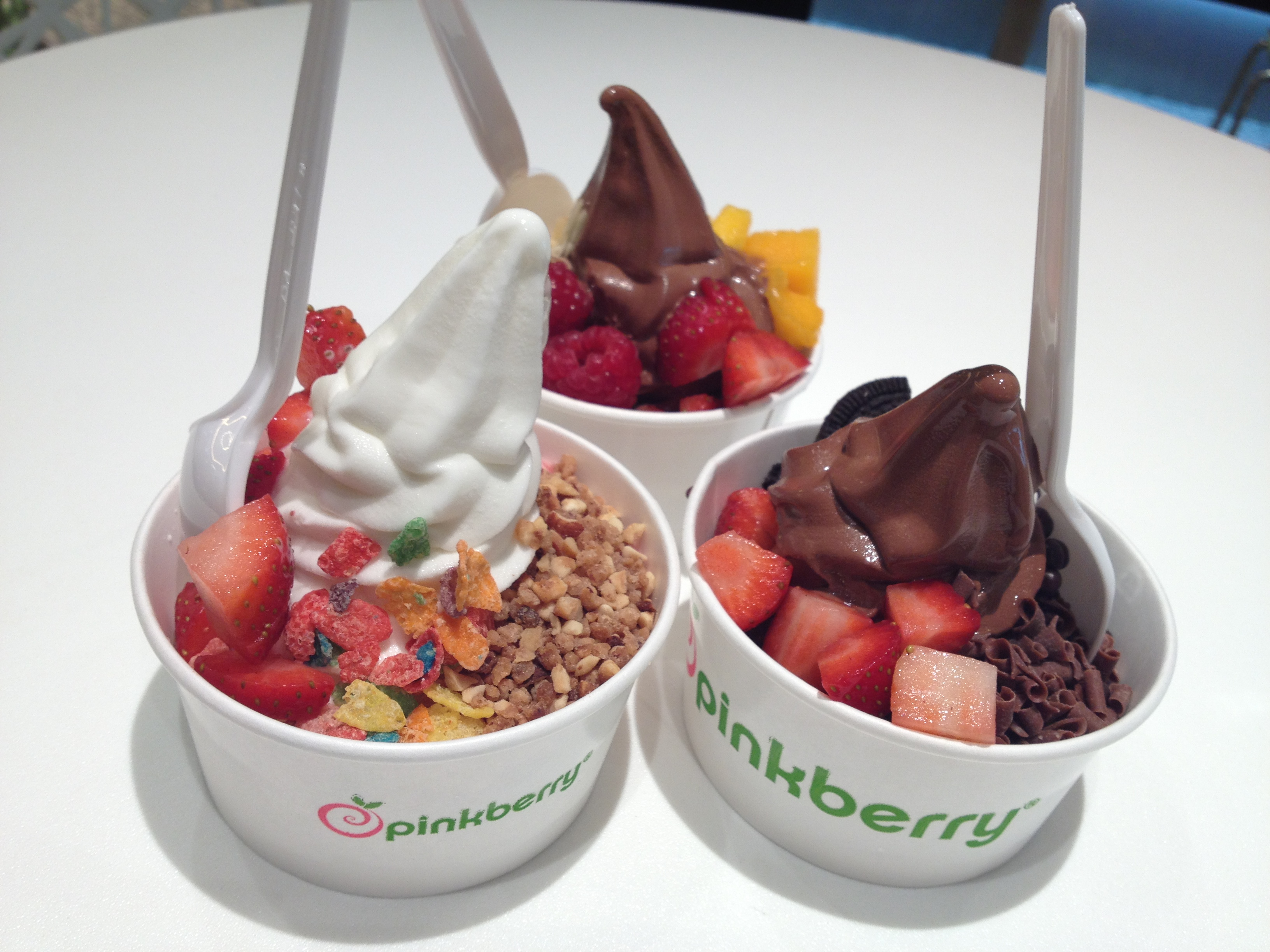 http://foodloader.net/Chu_2012-12-28_Pink_Berry_Icecream_Yogurt.jpg
