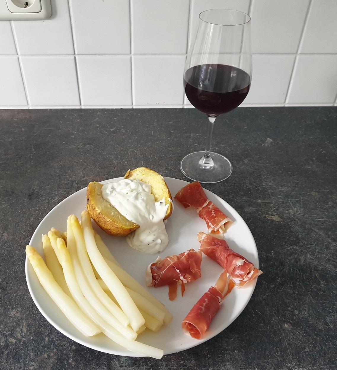 https://foodloader.net/DeepBlueSea_2020-06-26_Spargel_und_Wein.jpg