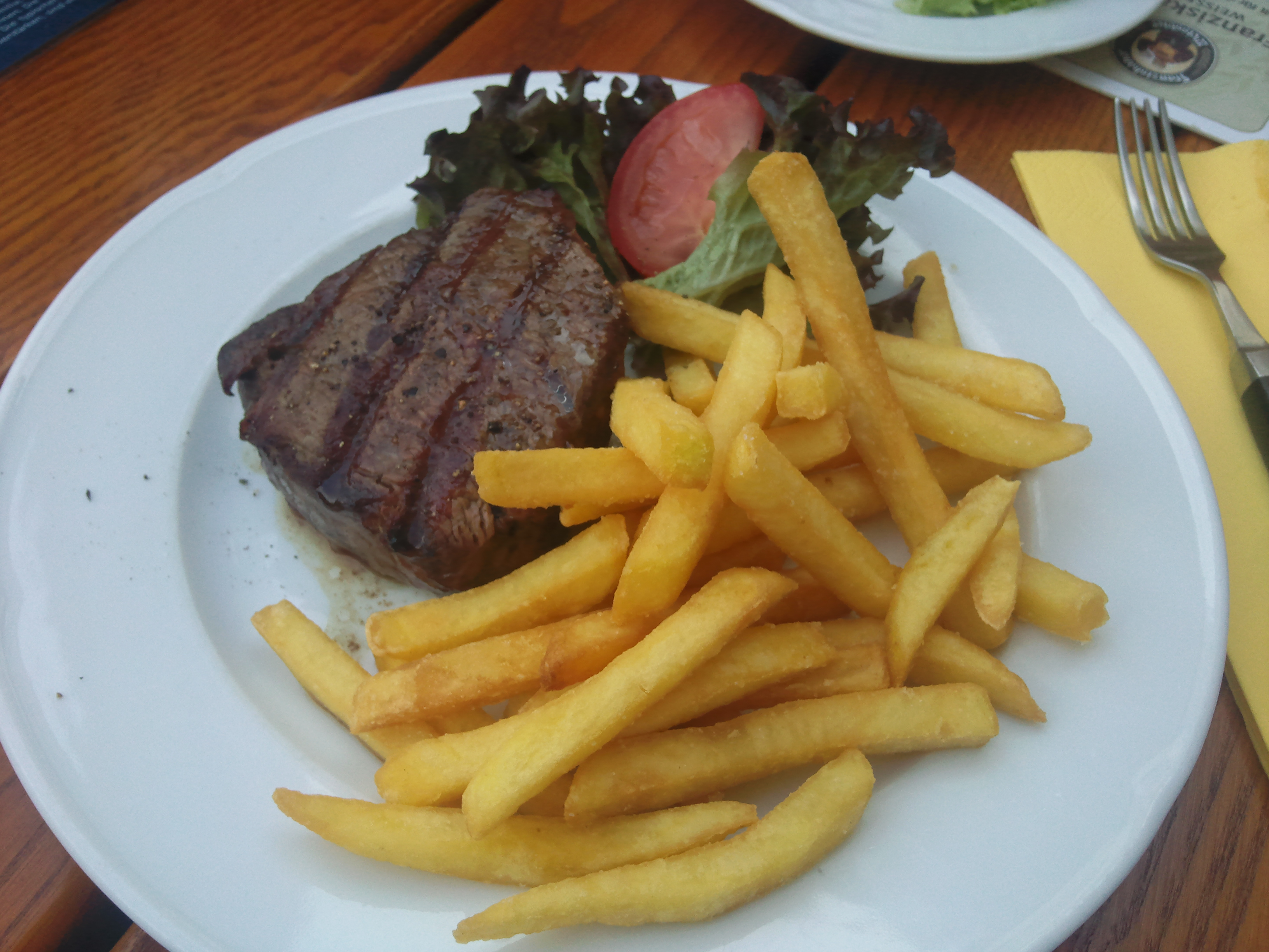 http://foodloader.net/Fire243_2010-07-05_Maredo_Filetsteak_180_g.jpg