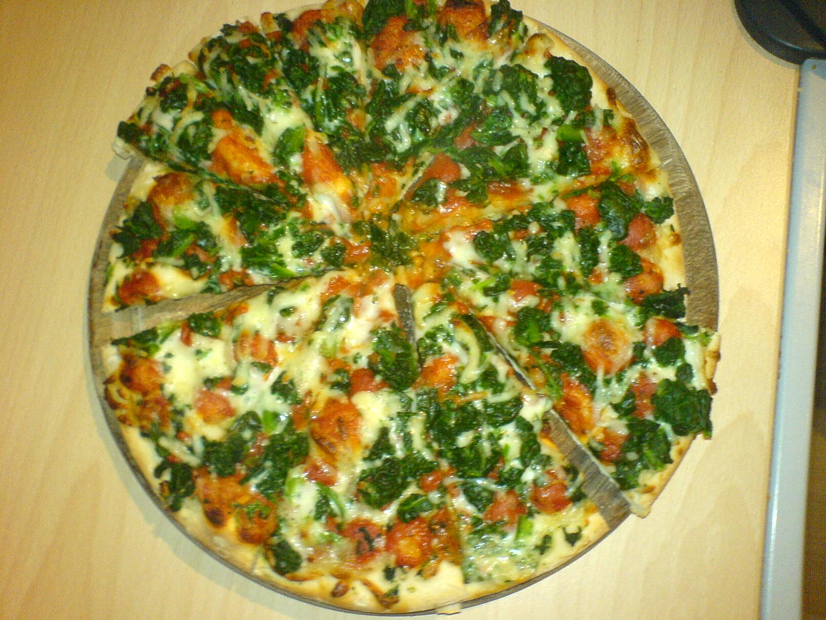 https://foodloader.net/Holz_2006-11-01_Pizza_2.jpg