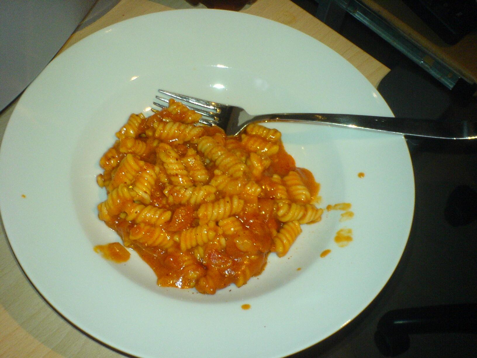 https://foodloader.net/Holz_2009-03-30_Fusilli_Tomate.jpg
