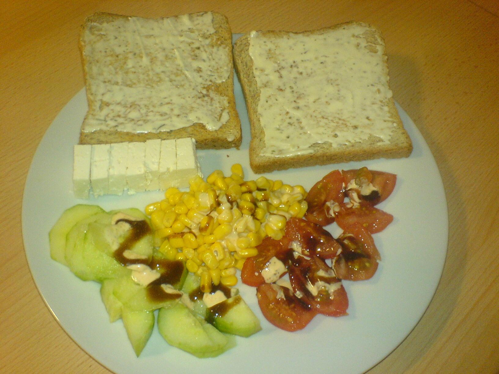 http://foodloader.net/Holz_2009-11-22_Remouladentoasts_mit_Salat.jpg