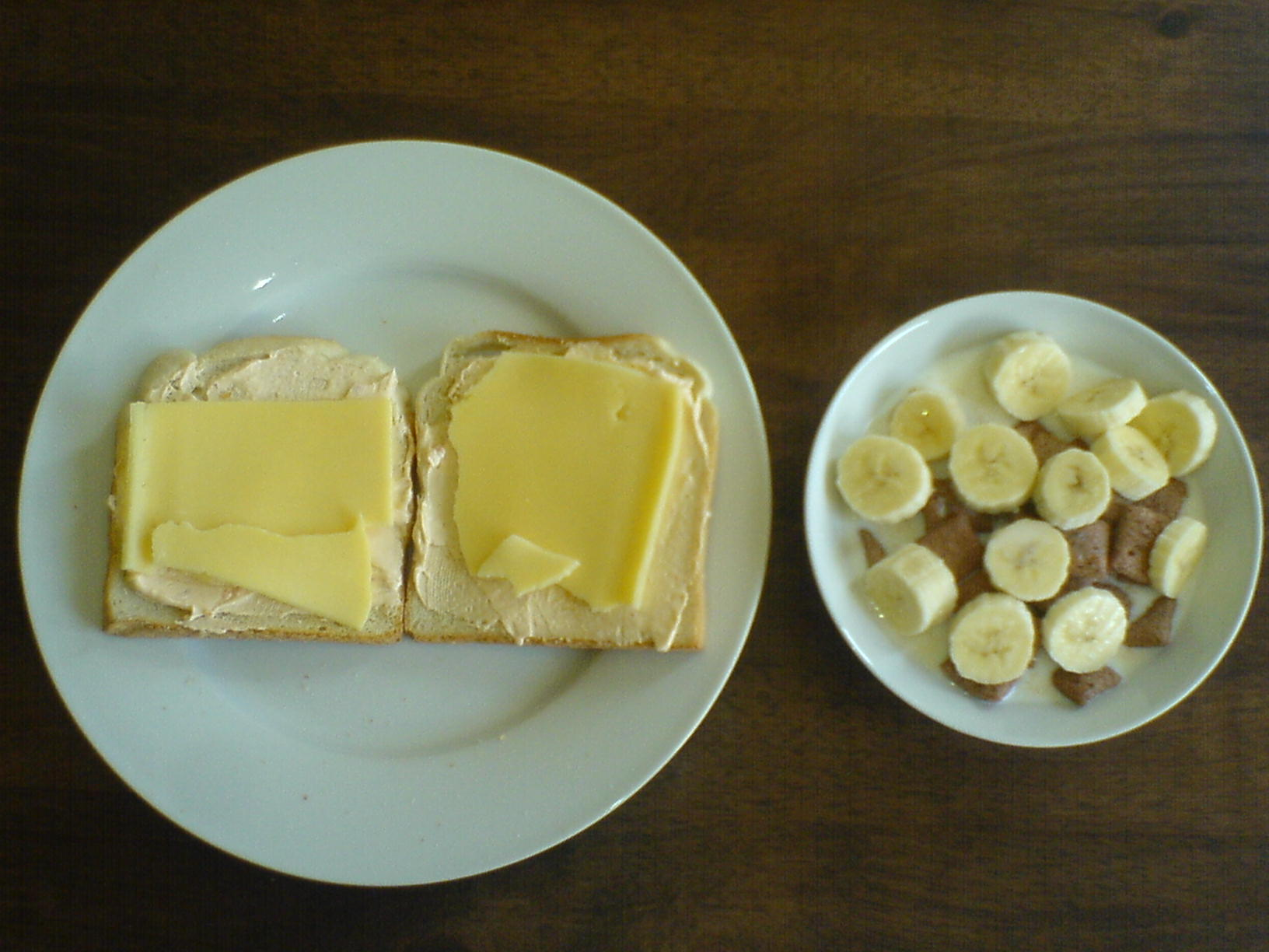 https://foodloader.net/Holz_2010-09-04_Toast-Mix_mit_Kornflakes_mit_Banane.jpg