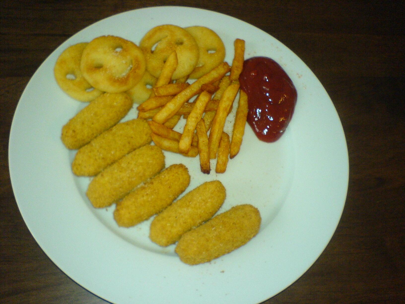 https://foodloader.net/Holz_2011-06-04_Frischkaesesticks_mit_Smiles_und_Pommes.jpg