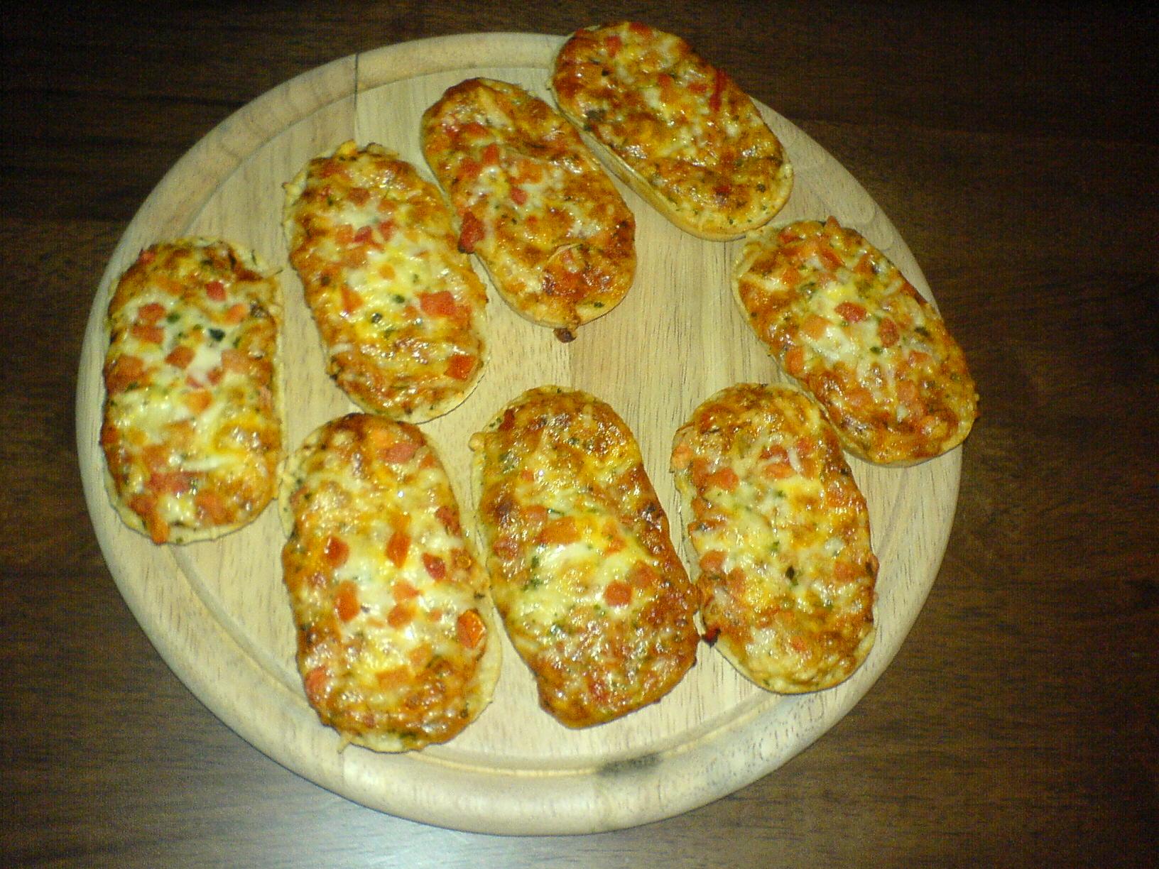 https://foodloader.net/Holz_2011-06-14_Bistro_Mini_Baguettes.jpg