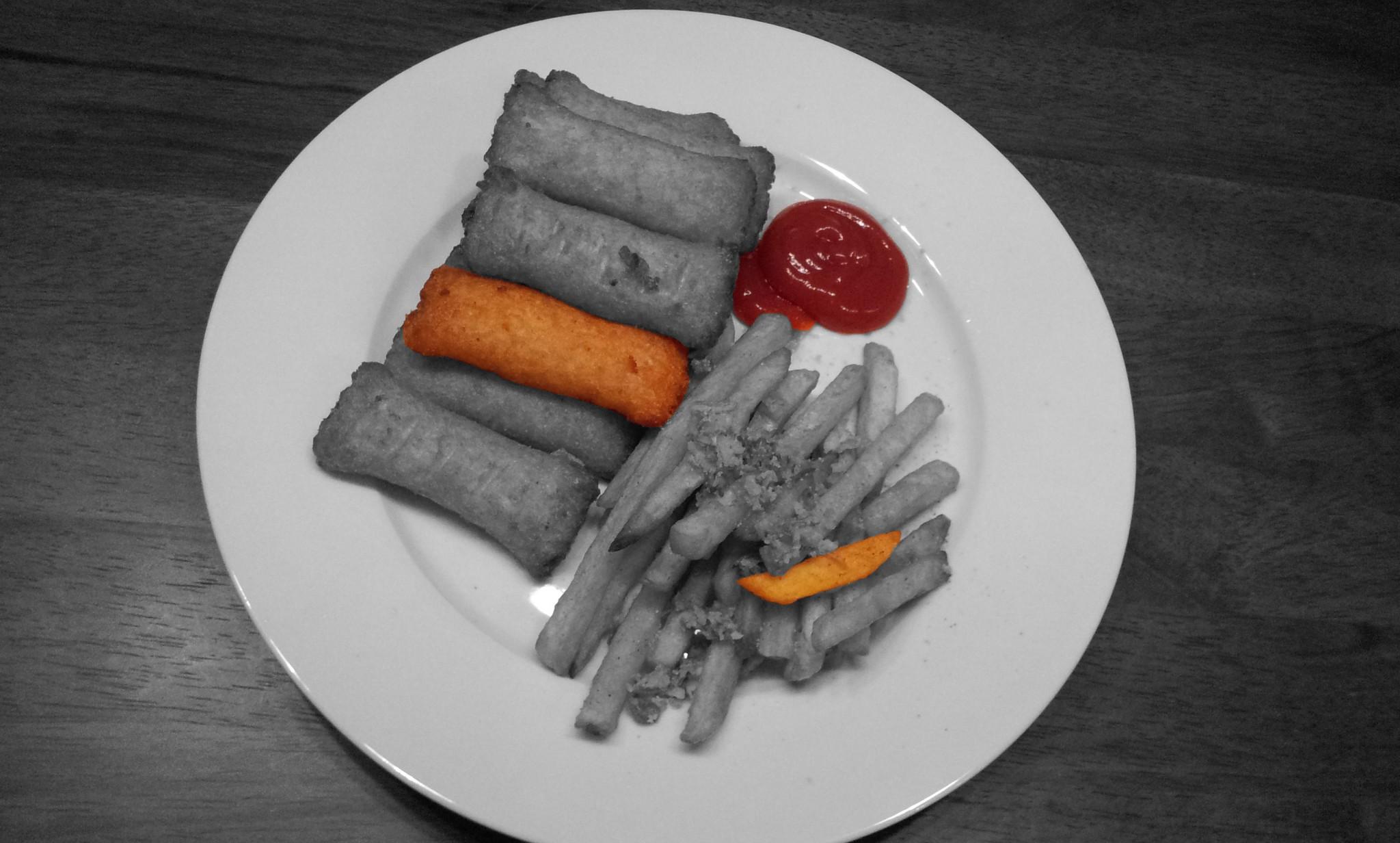 https://foodloader.net/Holz_2012-03-01_Kartoffeltaschen_mit_Pommes.jpg