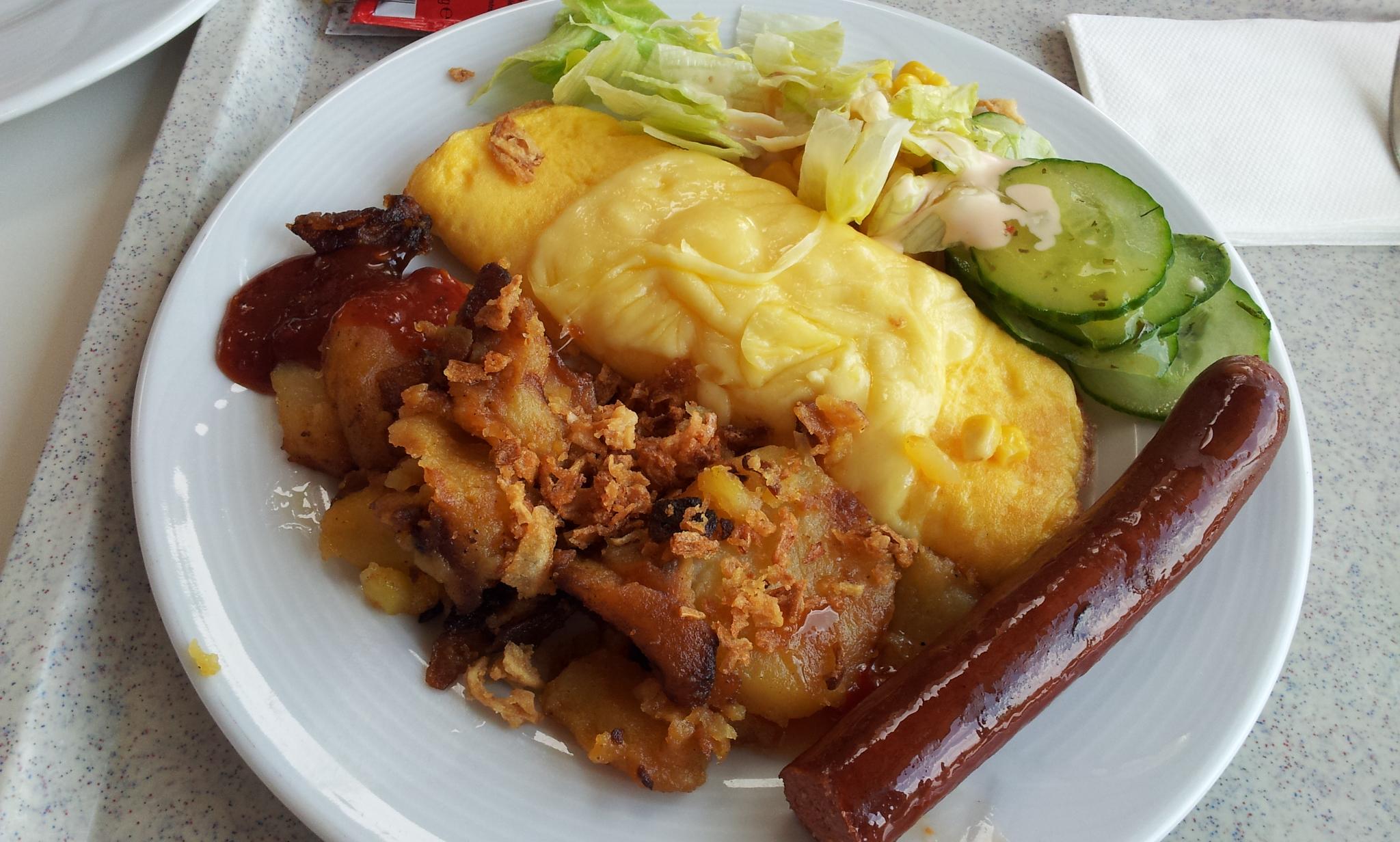 http://foodloader.net/Holz_2012-04-16_Rindswurst_mit_Omelette_und_Bratkartoffeln.jpg