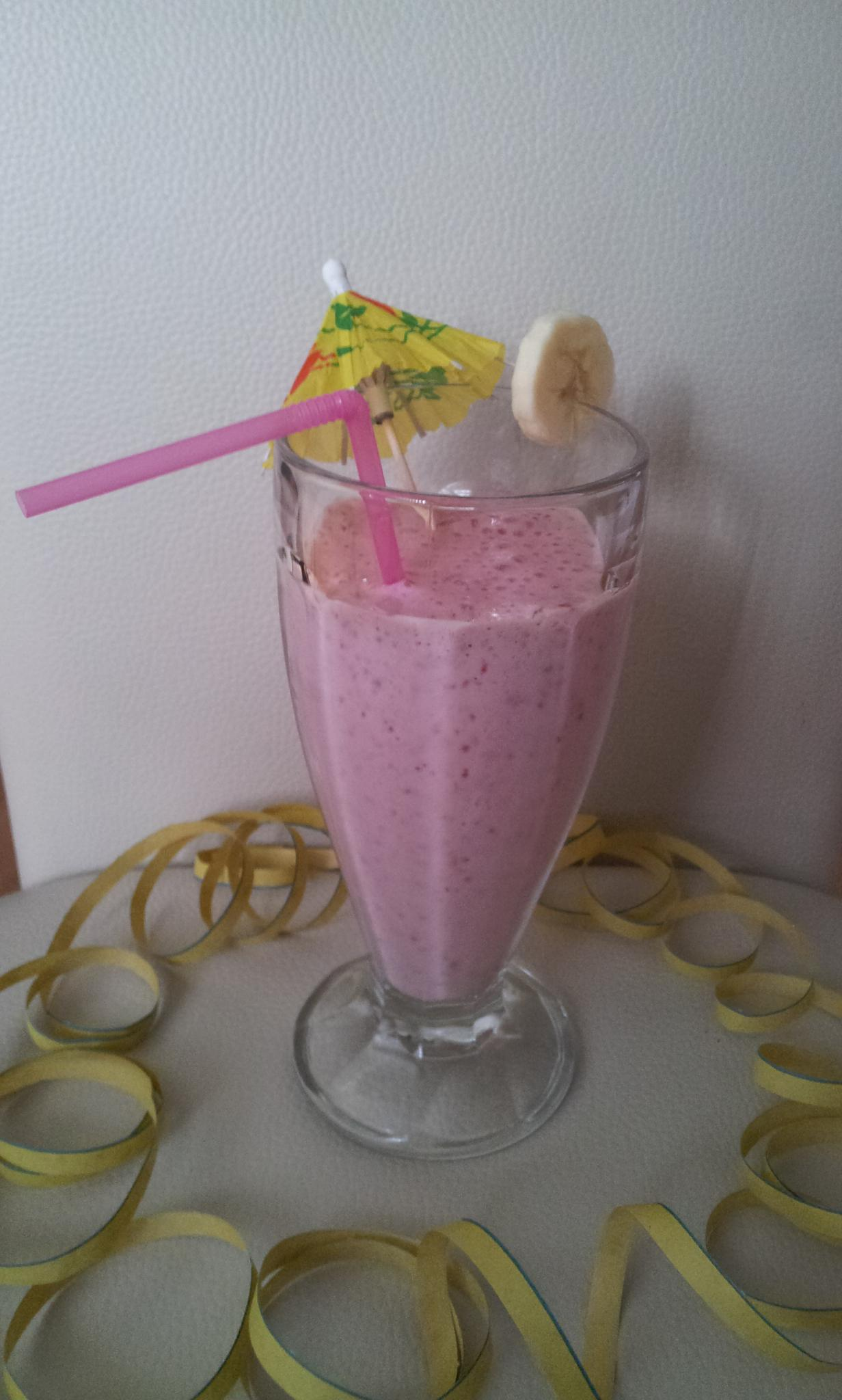 http://foodloader.net/Holz_2013-08-03_Raspberry_Vanilla_Banana_Shake.jpg