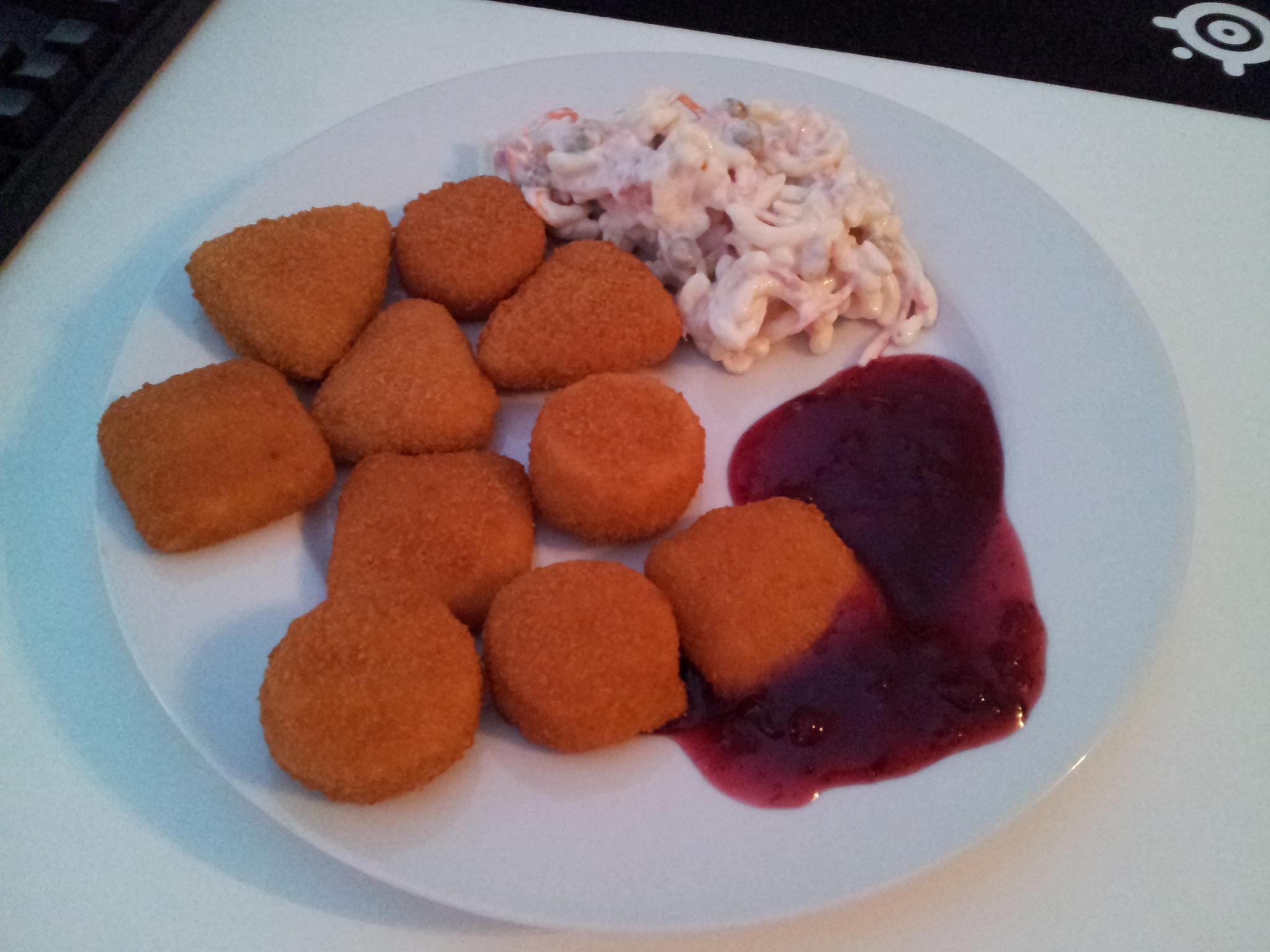 https://foodloader.net/Holz_2014-11-11_Backkaese_und_Nudelsalat.jpg