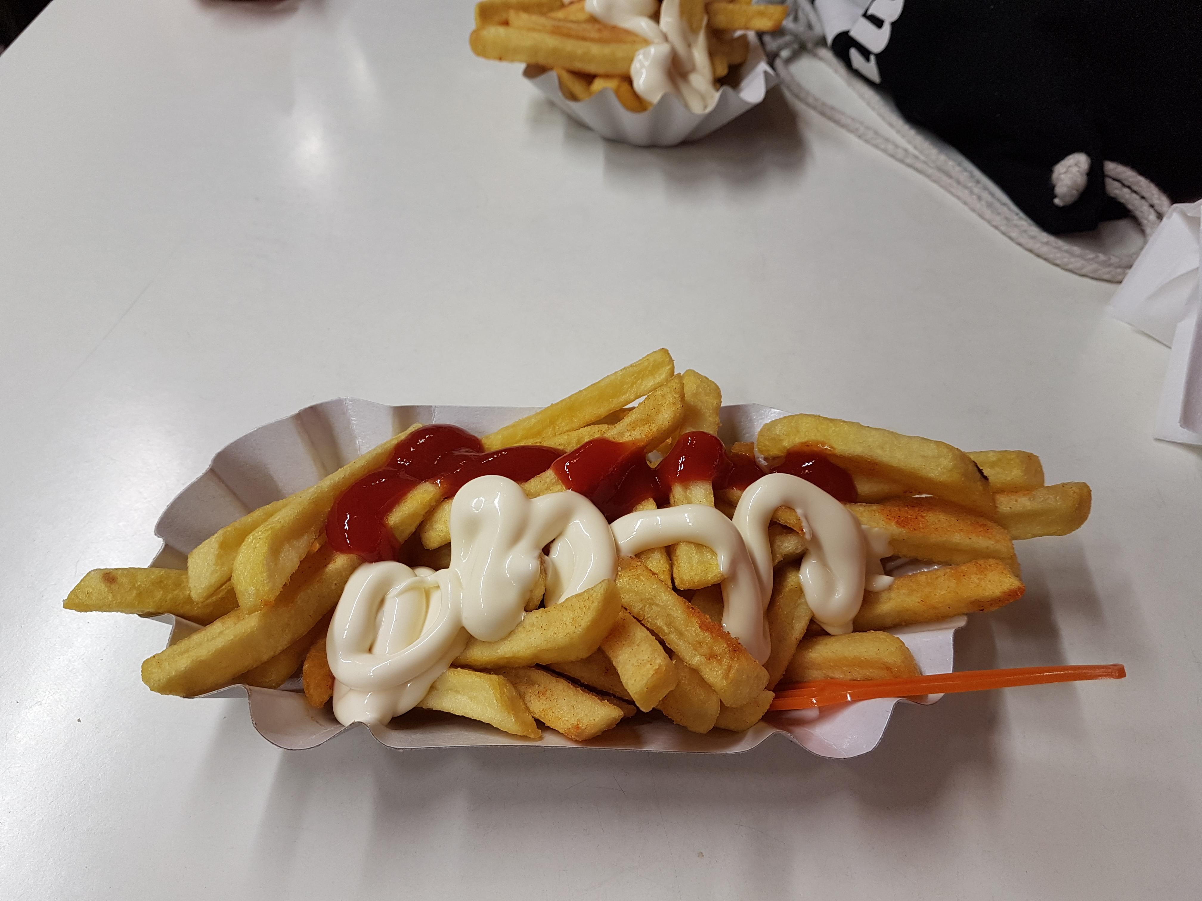 http://foodloader.net/Holz_2017-06-19_Pommes.jpg