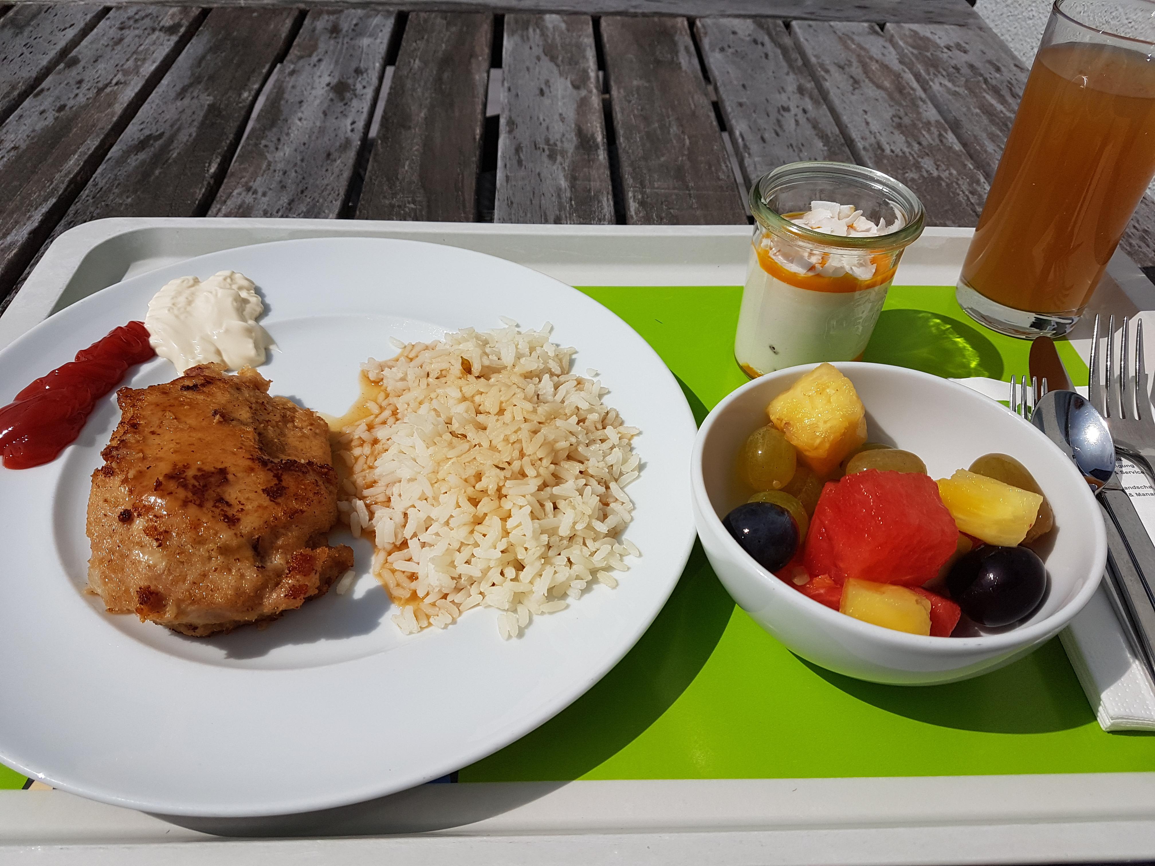 http://foodloader.net/Holz_2017-08-22_Cordon_bleu_mit_Reis.jpg