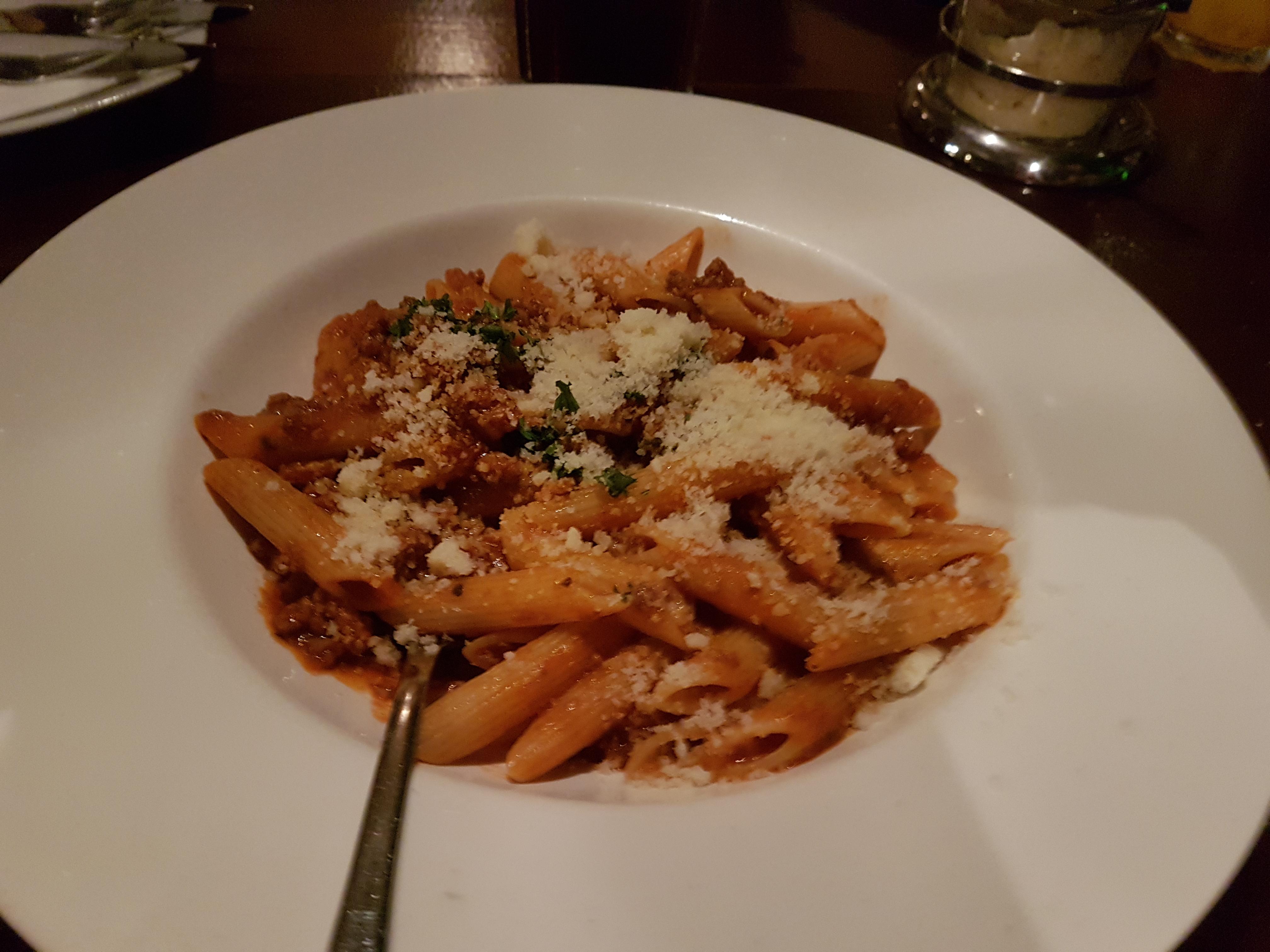https://foodloader.net/Holz_2017-09-22_Penne_Bolognese.jpg