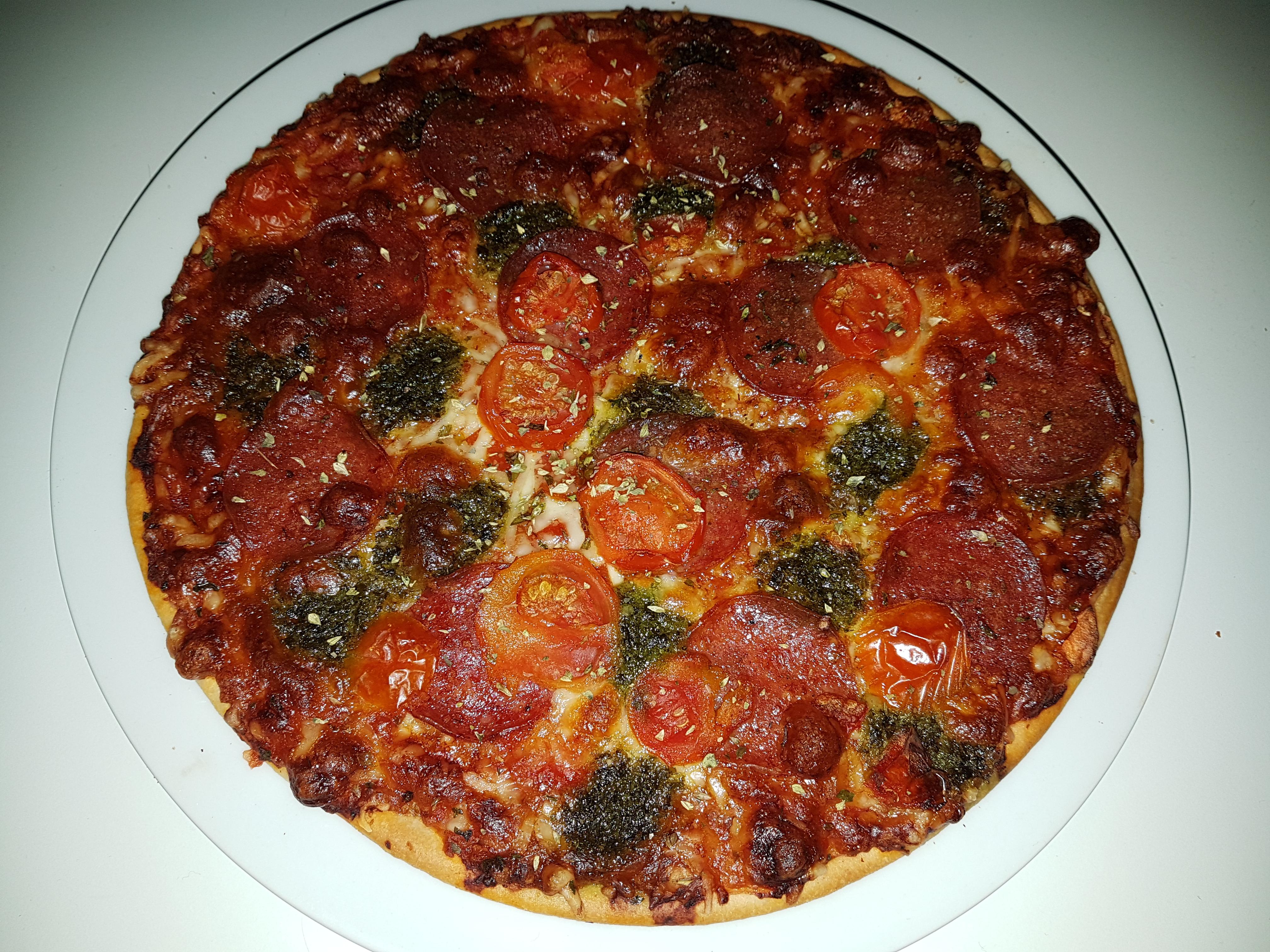 https://foodloader.net/Holz_2017-11-06_Pizza.jpg