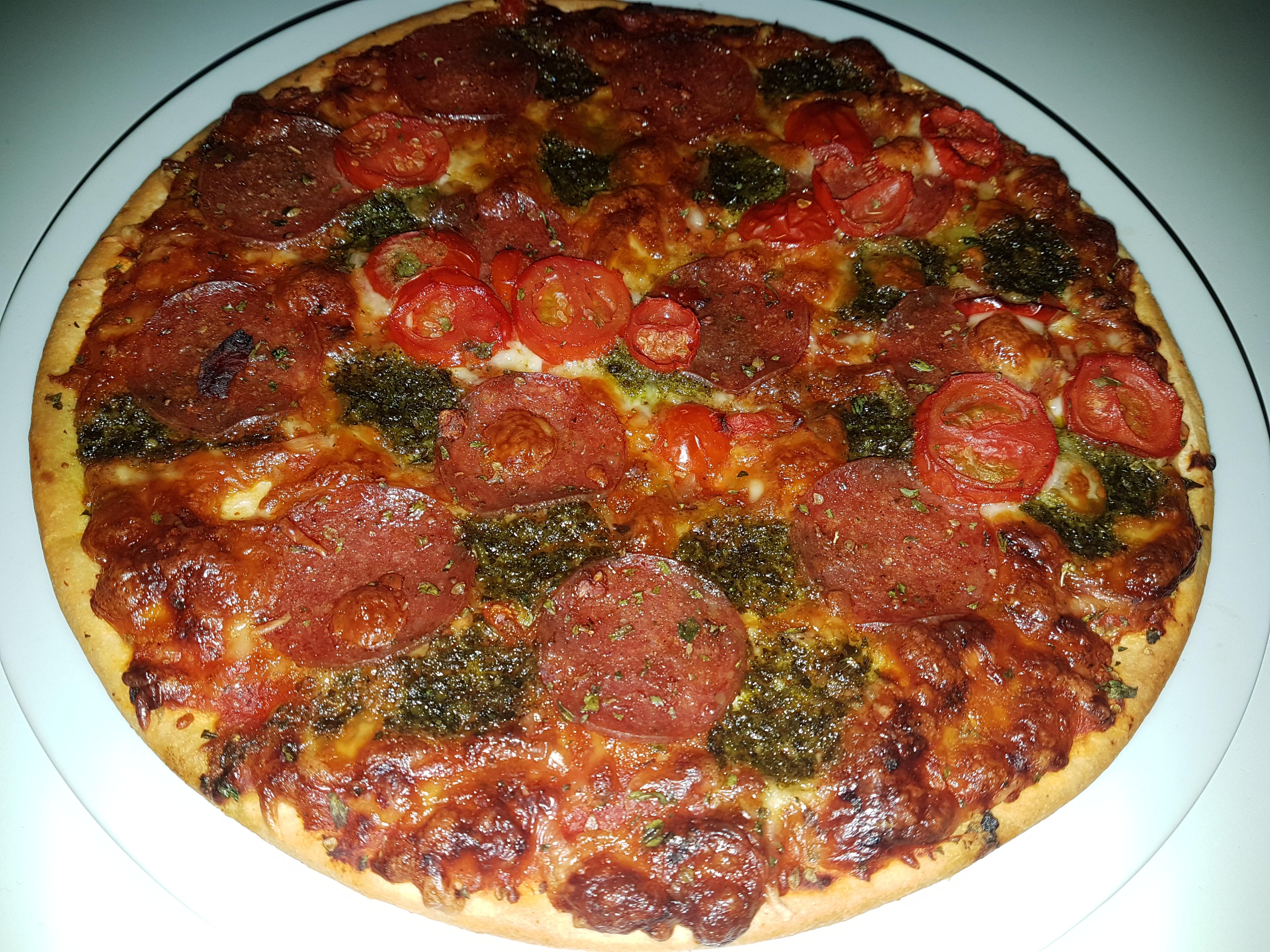 https://foodloader.net/Holz_2017-11-12_Pizza.jpg