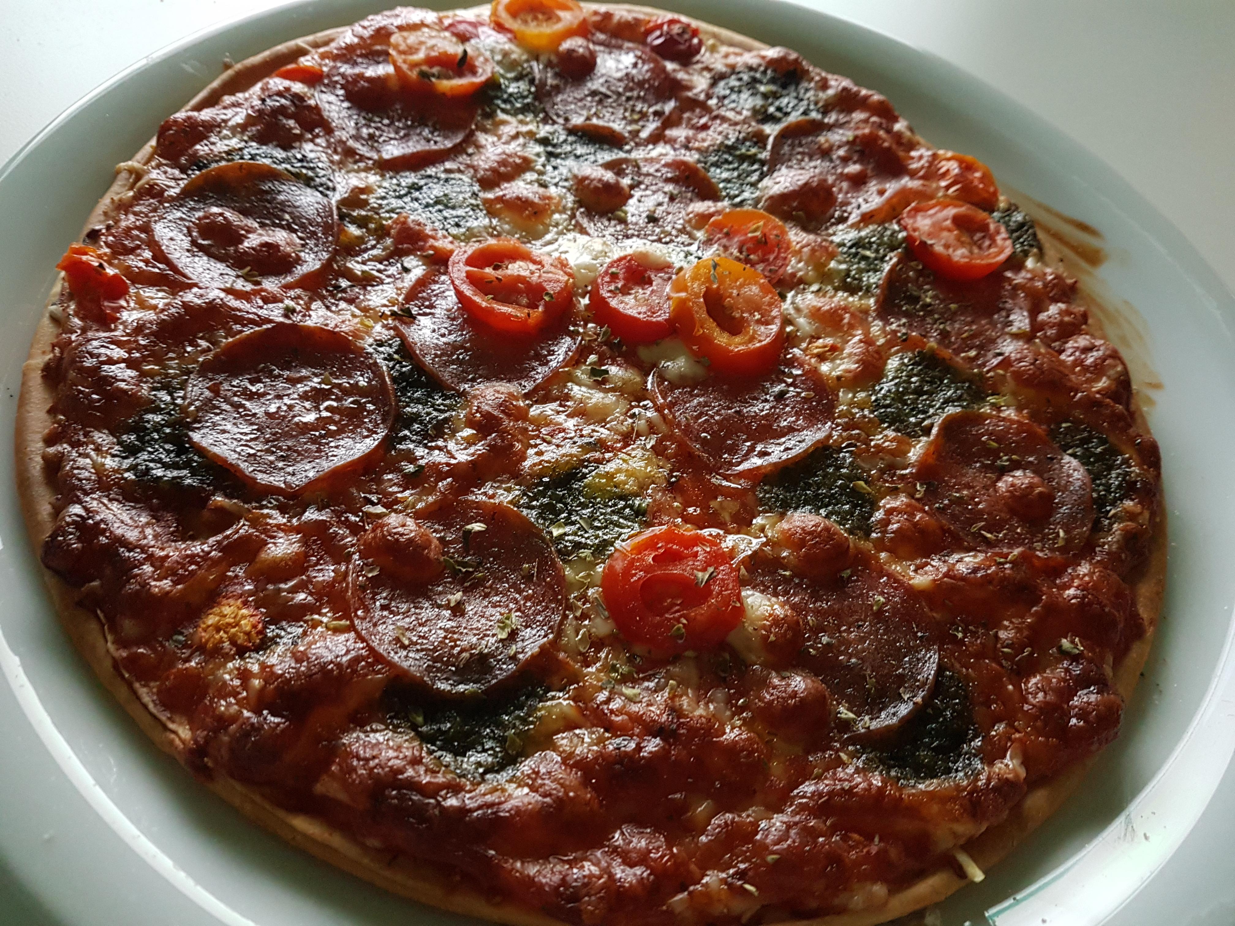 https://foodloader.net/Holz_2018-01-11_Pizza.jpg