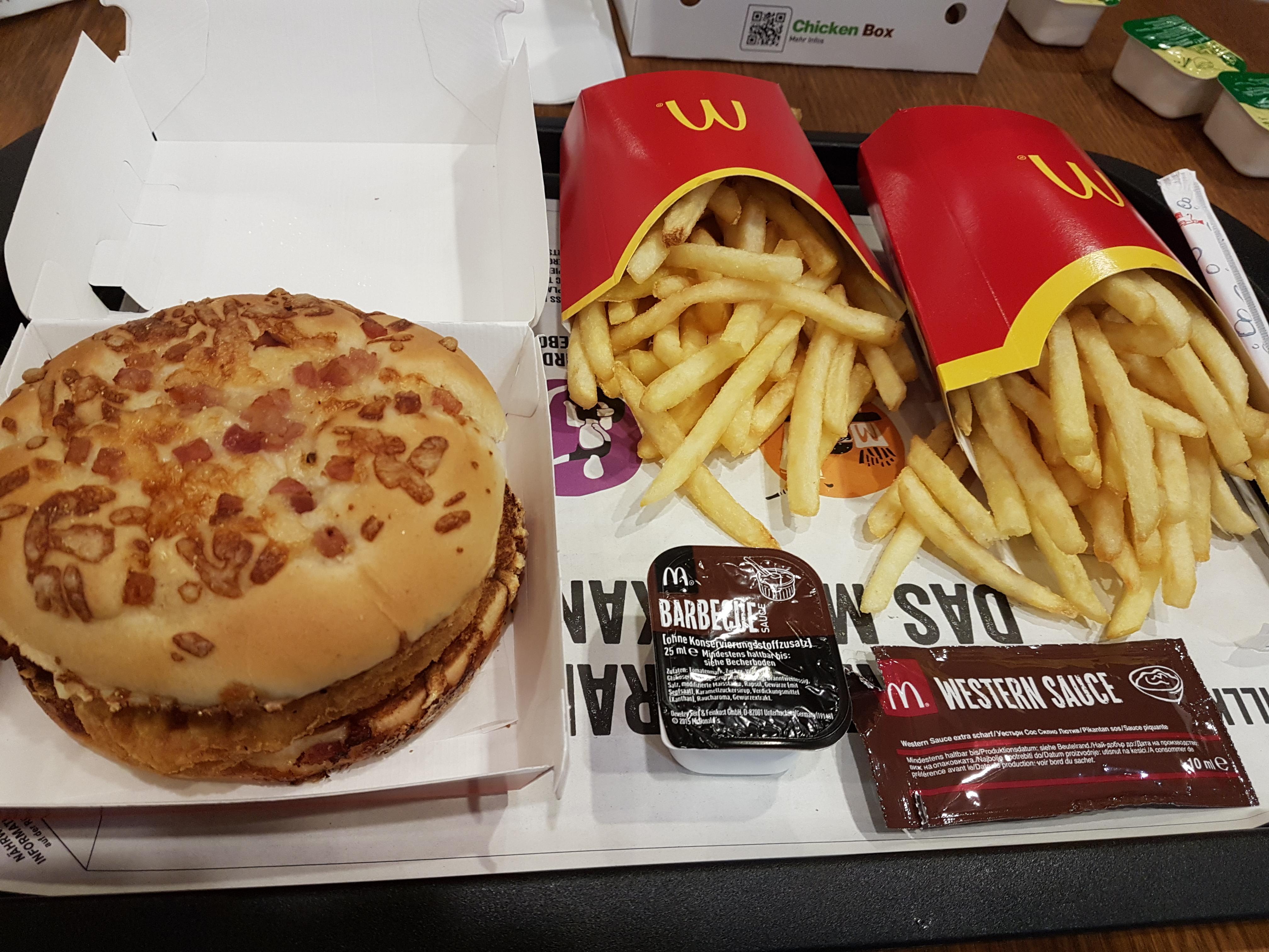 http://foodloader.net/Holz_2018-01-29_Big_Roesti_Chicken.jpg