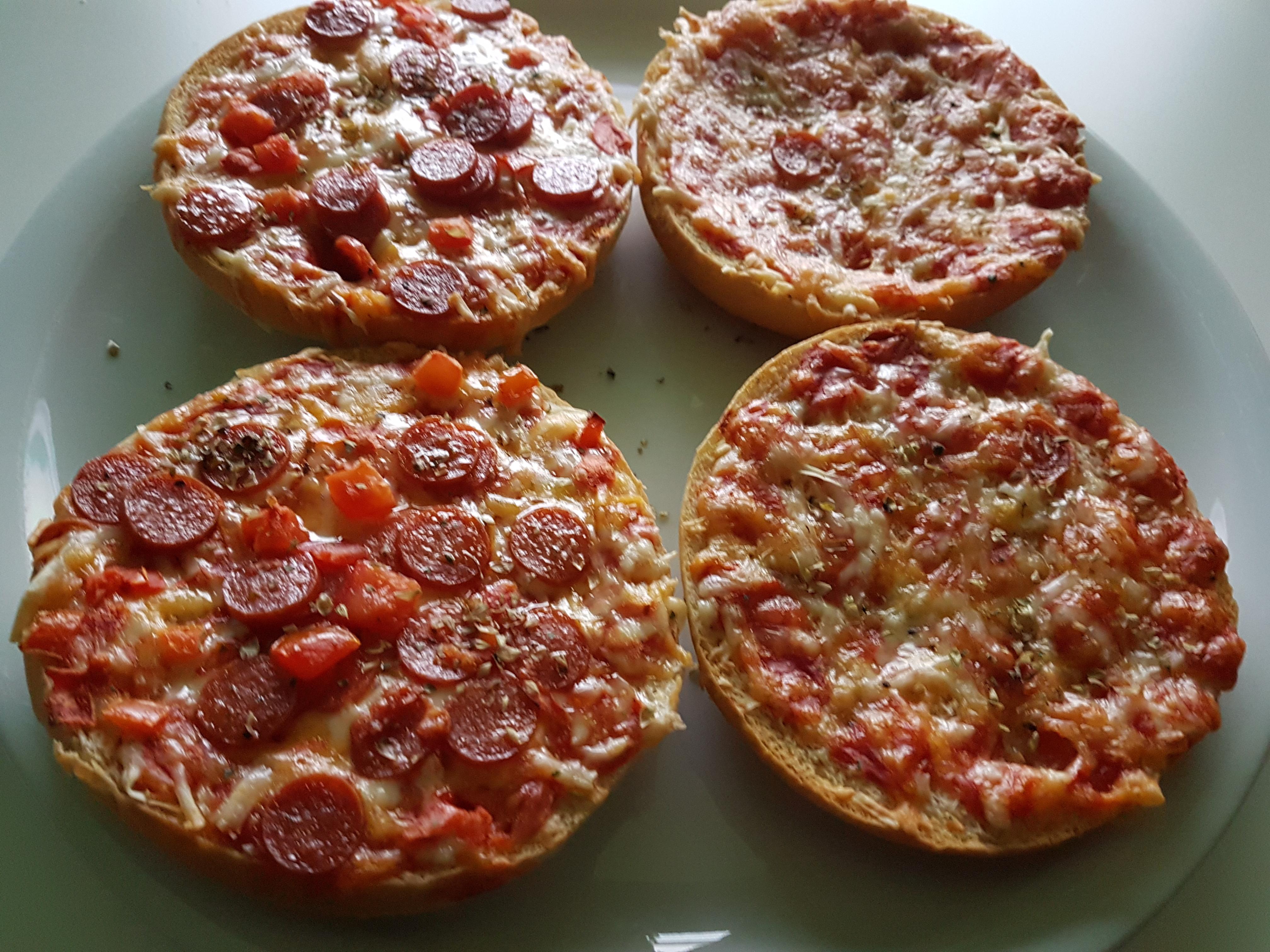 http://foodloader.net/Holz_2018-02-22_Pizzaburger.jpg