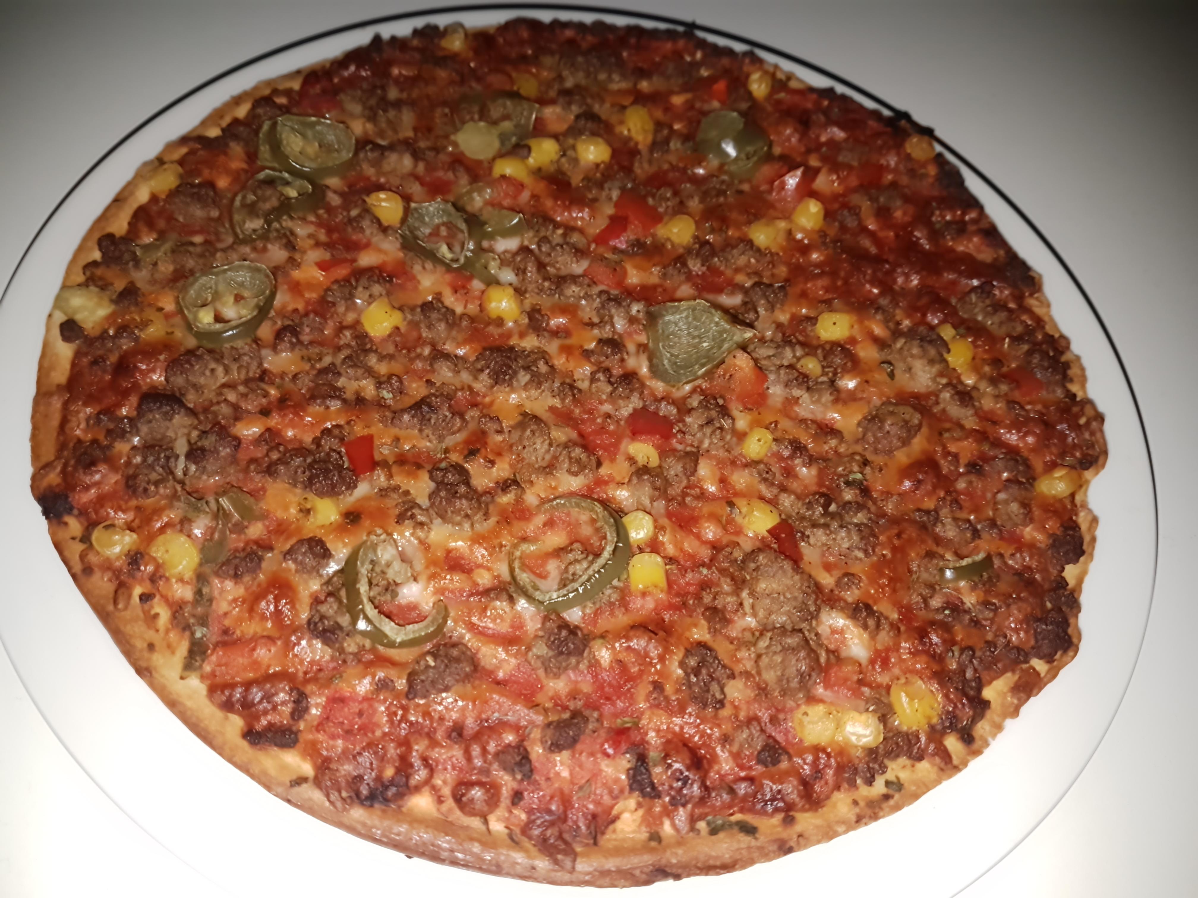 https://foodloader.net/Holz_2018-03-01_Pizza.jpg