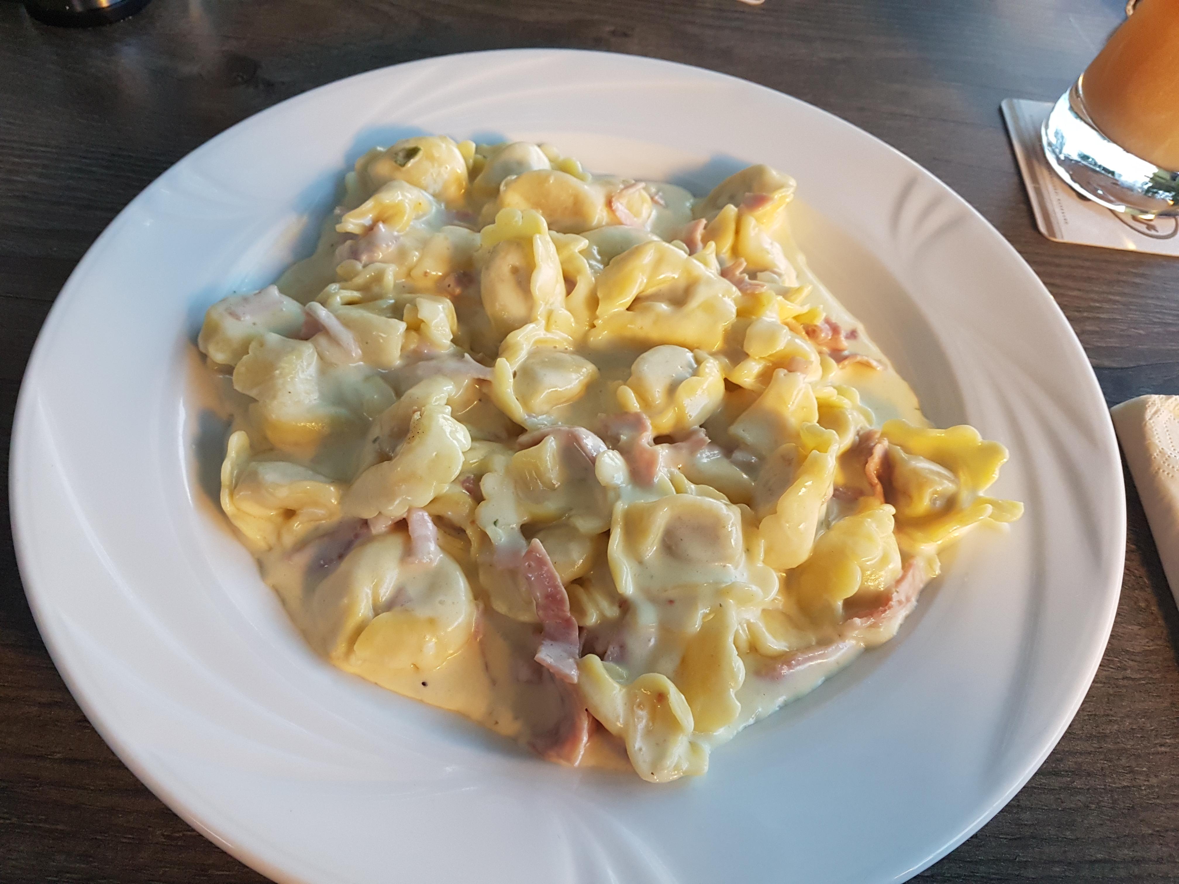 http://foodloader.net/Holz_2018-07-07_Tortellini_a_la_Panna.jpg