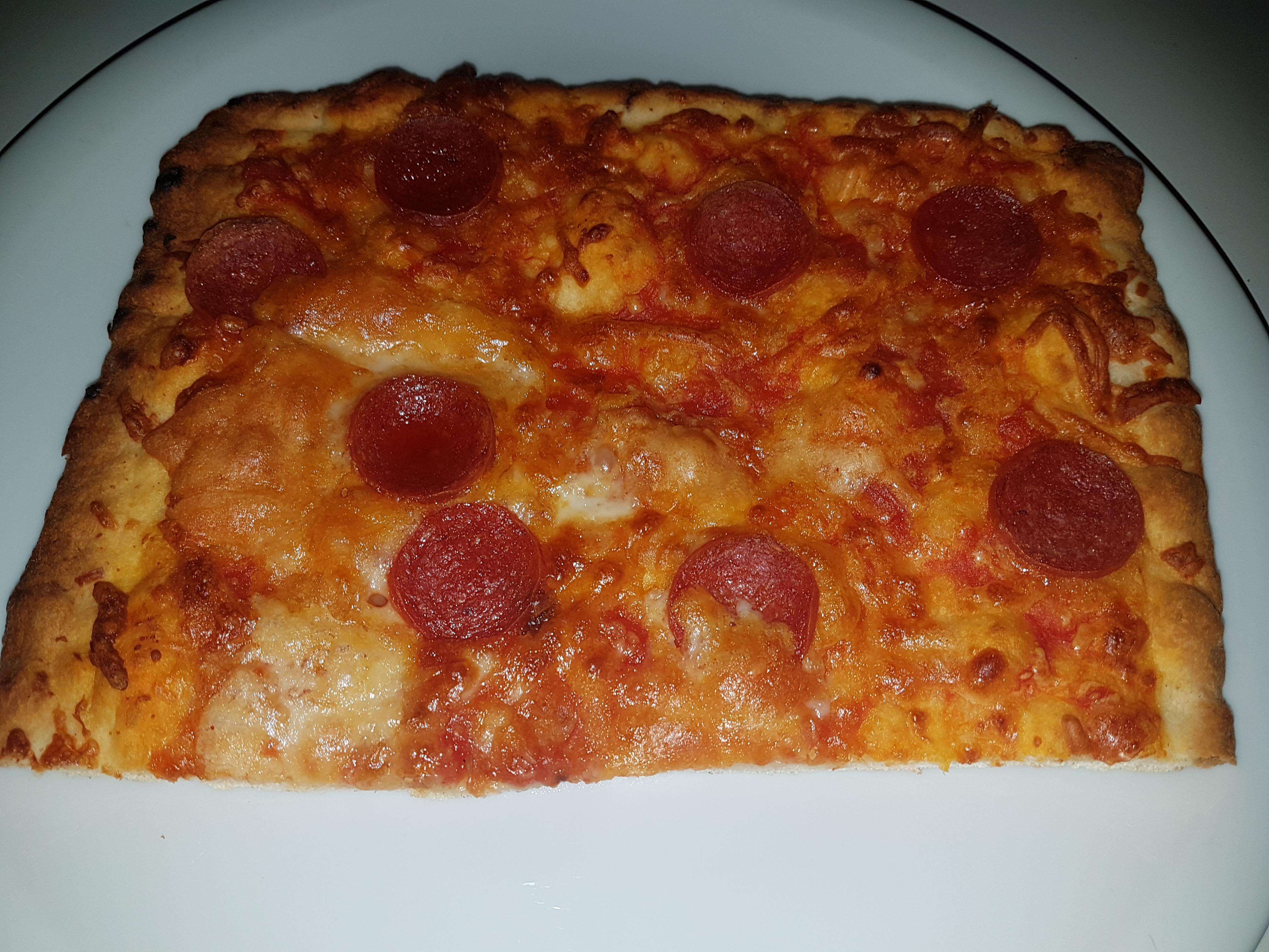 http://foodloader.net/Holz_2018-08-06_Pizza_2.jpg