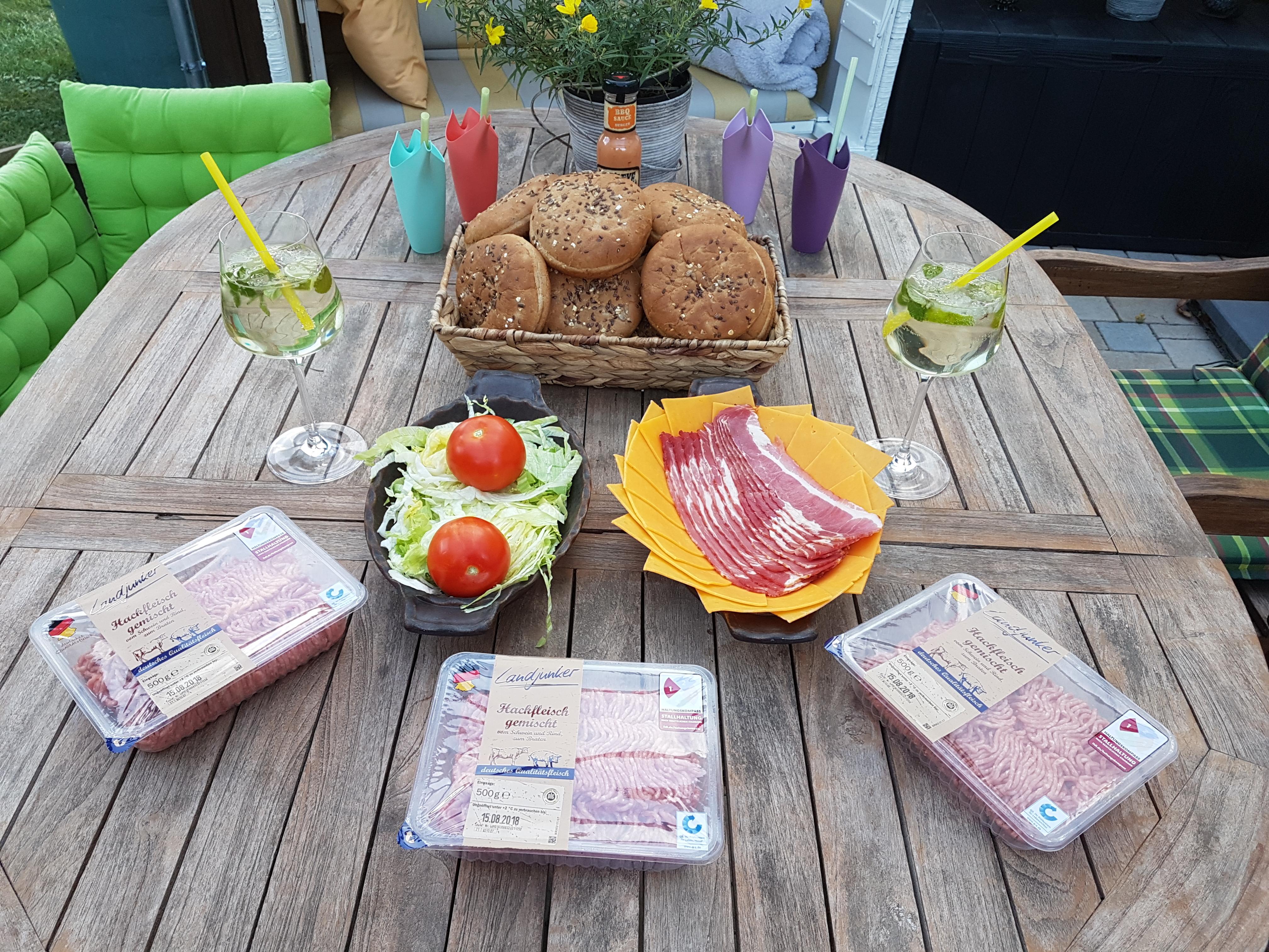 https://foodloader.net/Holz_2018-08-10_Burger.jpg