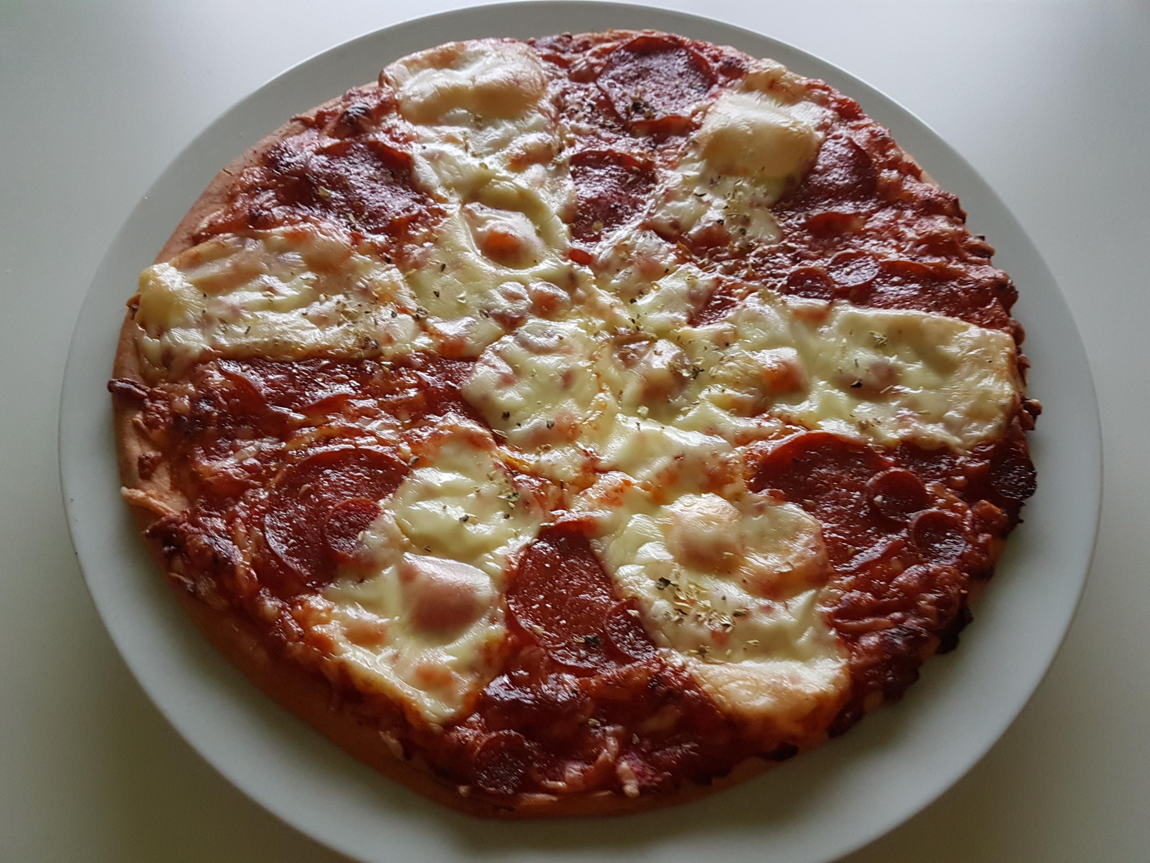 https://foodloader.net/Holz_2018-10-17_Pizza.jpg