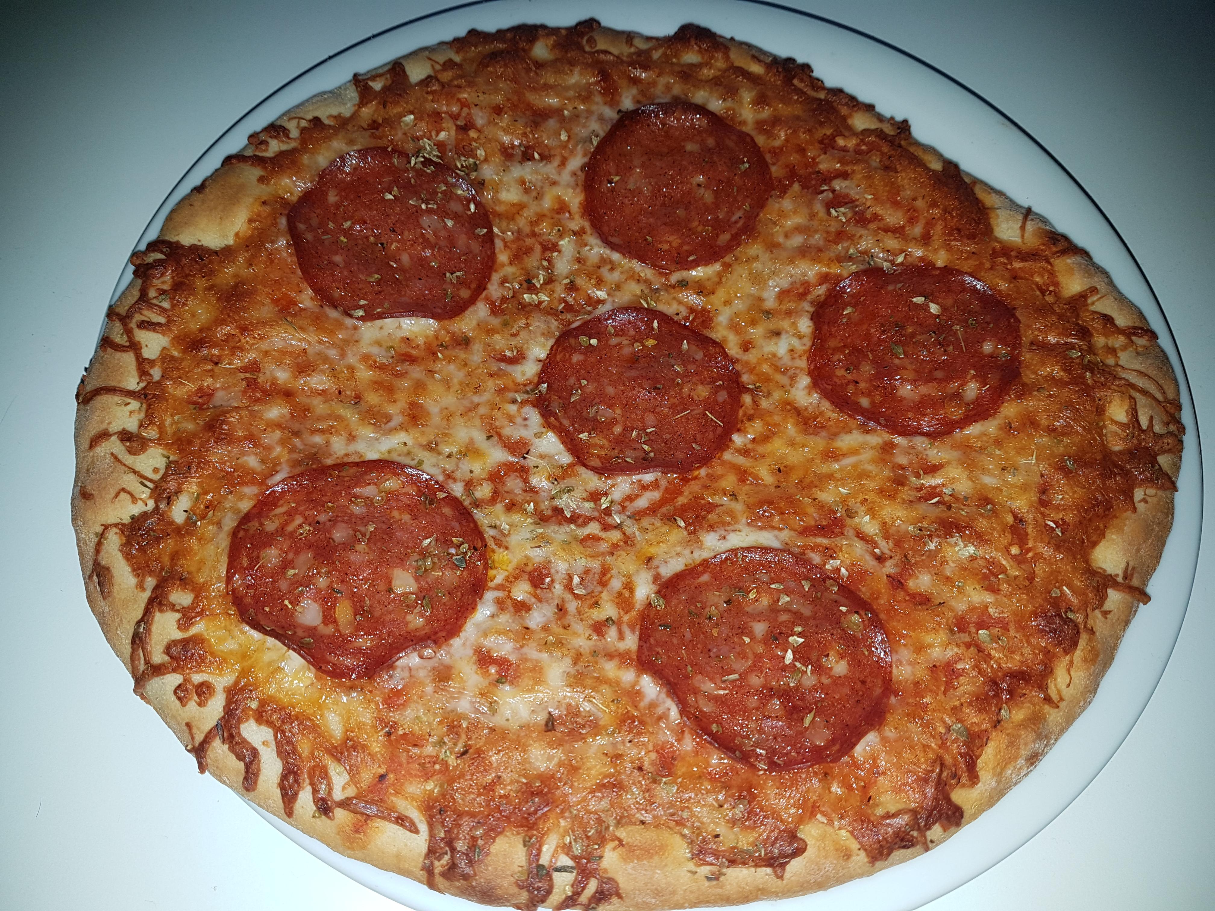 http://foodloader.net/Holz_2018-10-27_Pizza.jpg