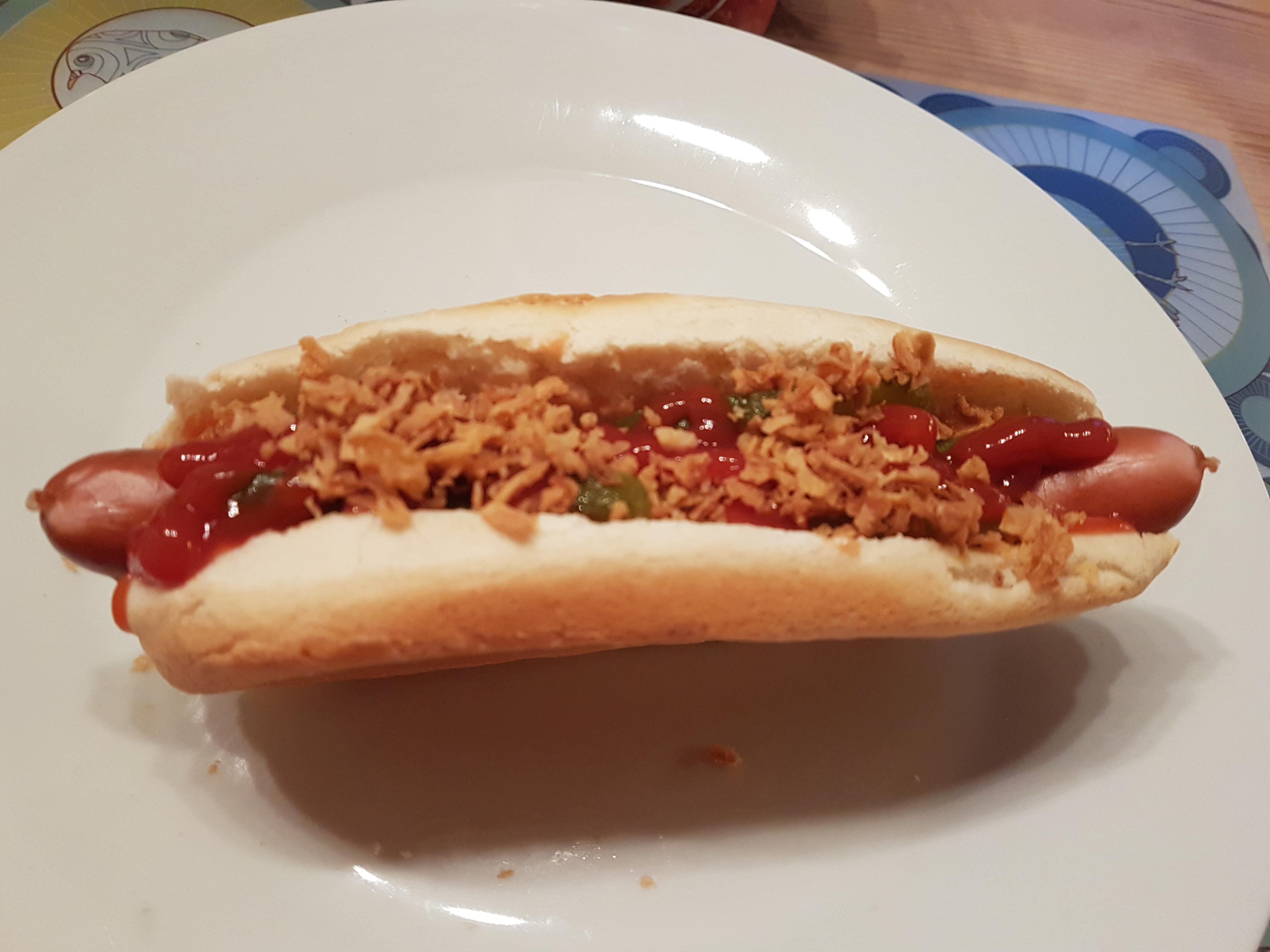 https://foodloader.net/Holz_2018-12-22_Hot-Dog.jpg