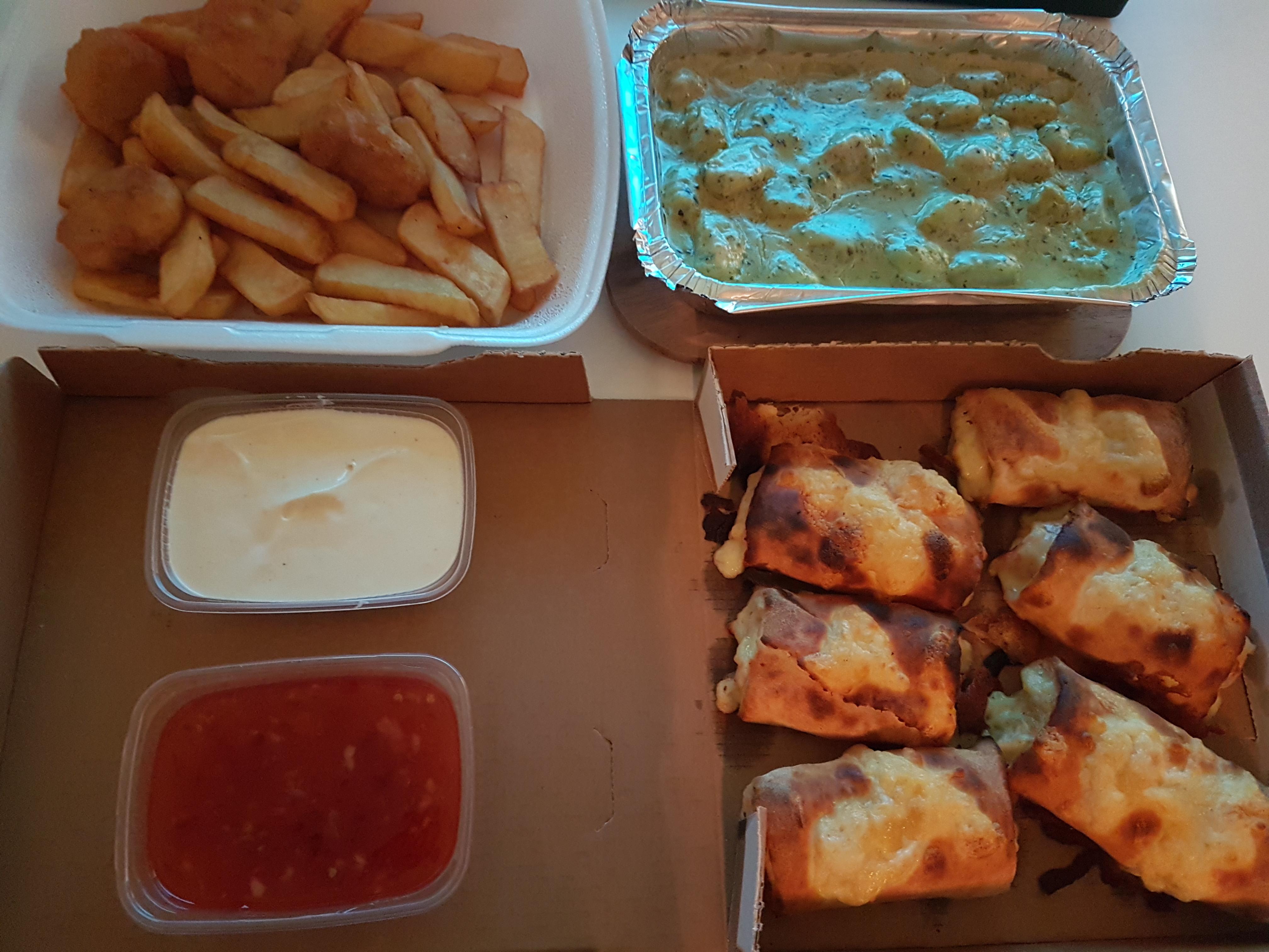 https://foodloader.net/Holz_2019-03-07_Gnocci_und_Pizzabroetchen.jpg