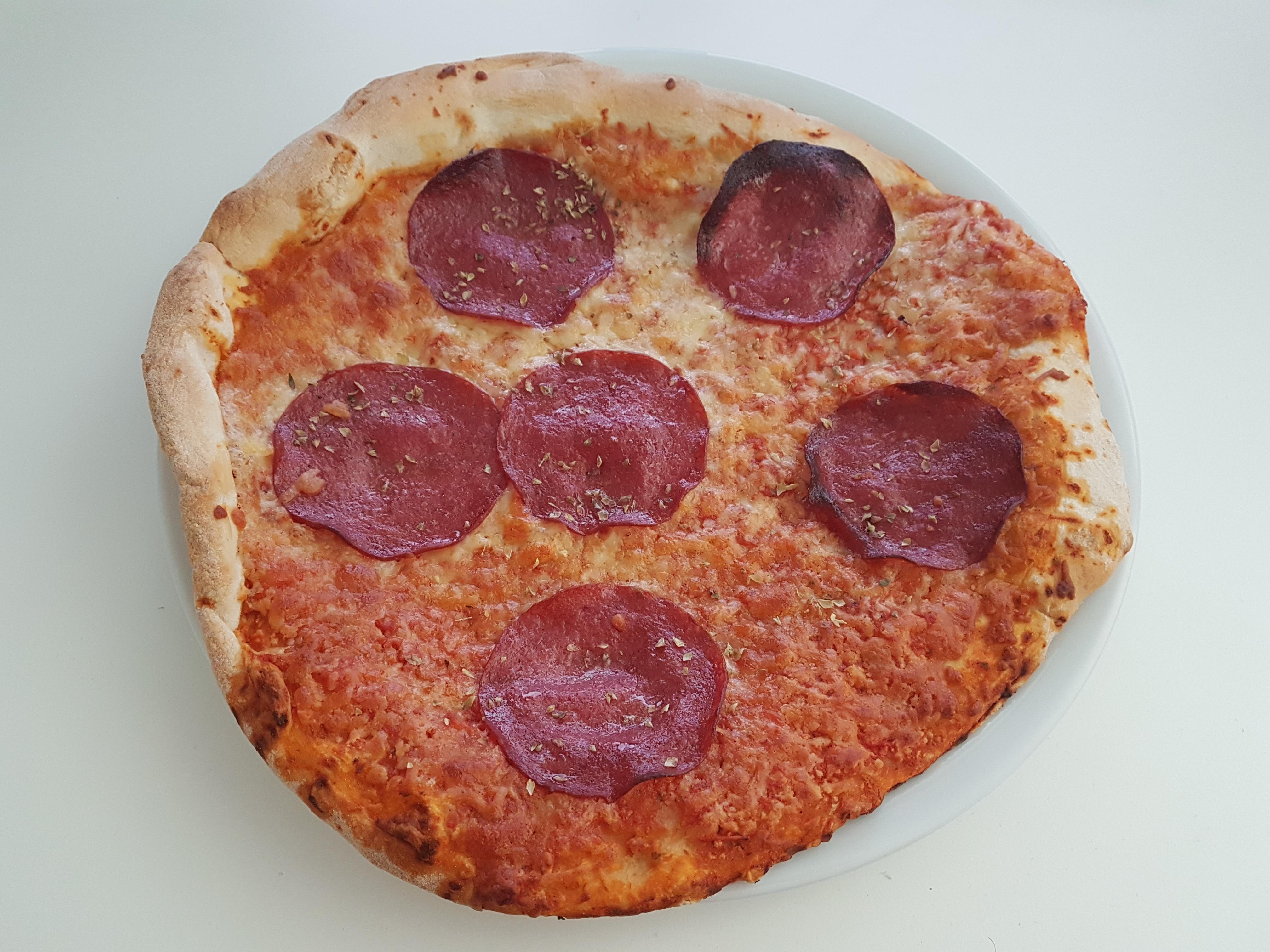 https://foodloader.net/Holz_2019-05-30_Pizza.jpg