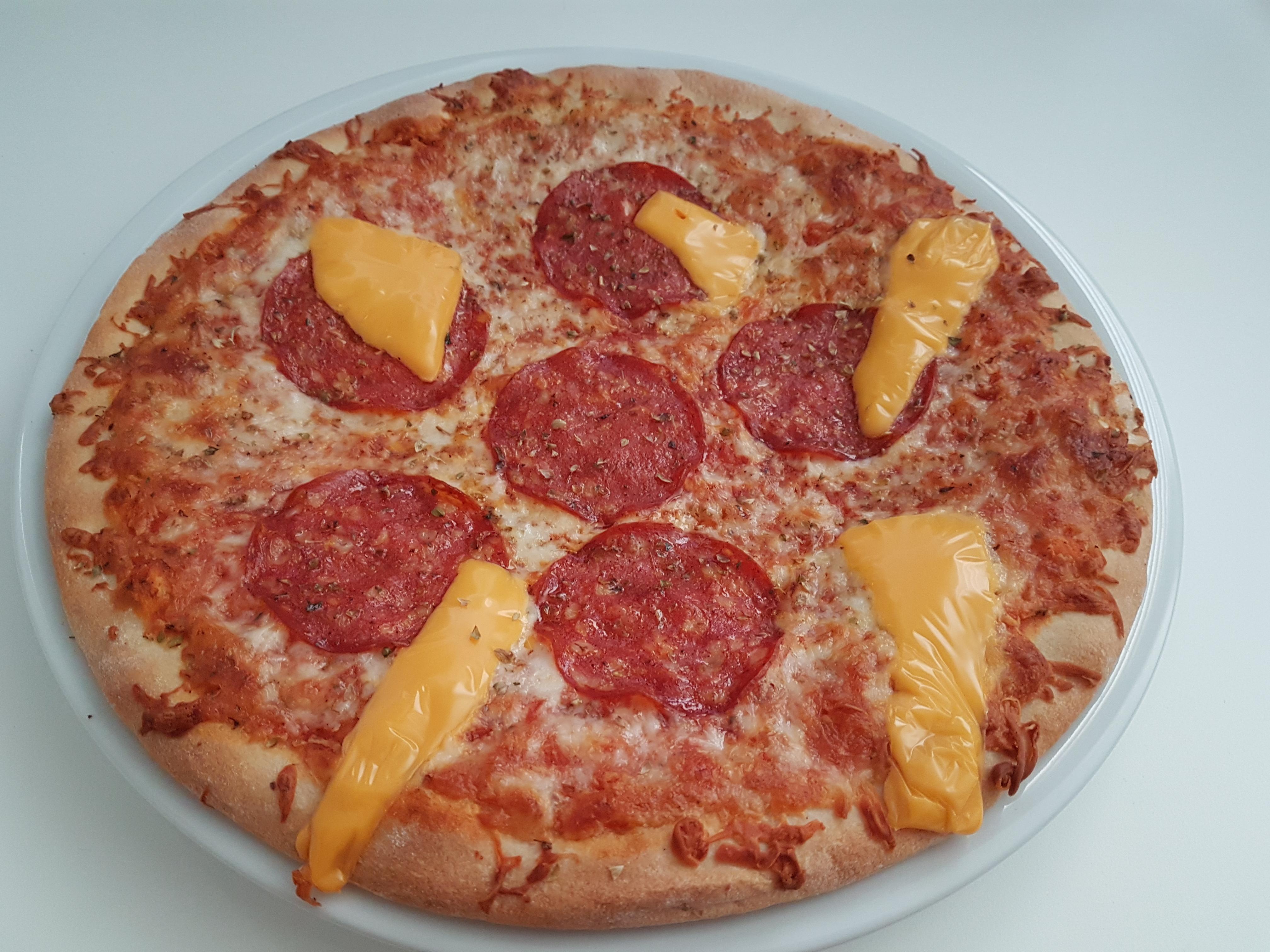 https://foodloader.net/Holz_2019-06-16_Pizza.jpg