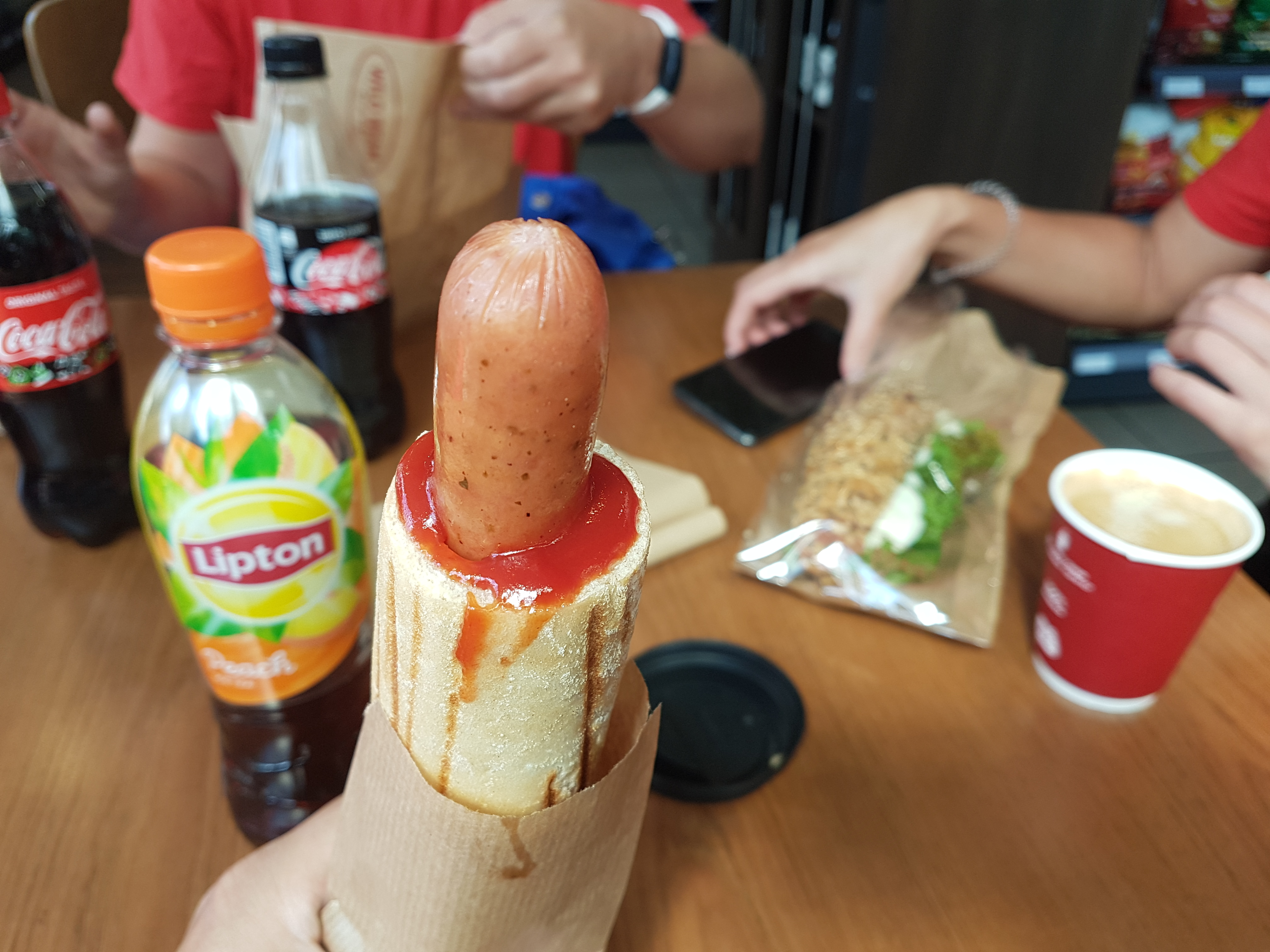 https://foodloader.net/Holz_2019-07-26_Hot-Dog.jpg