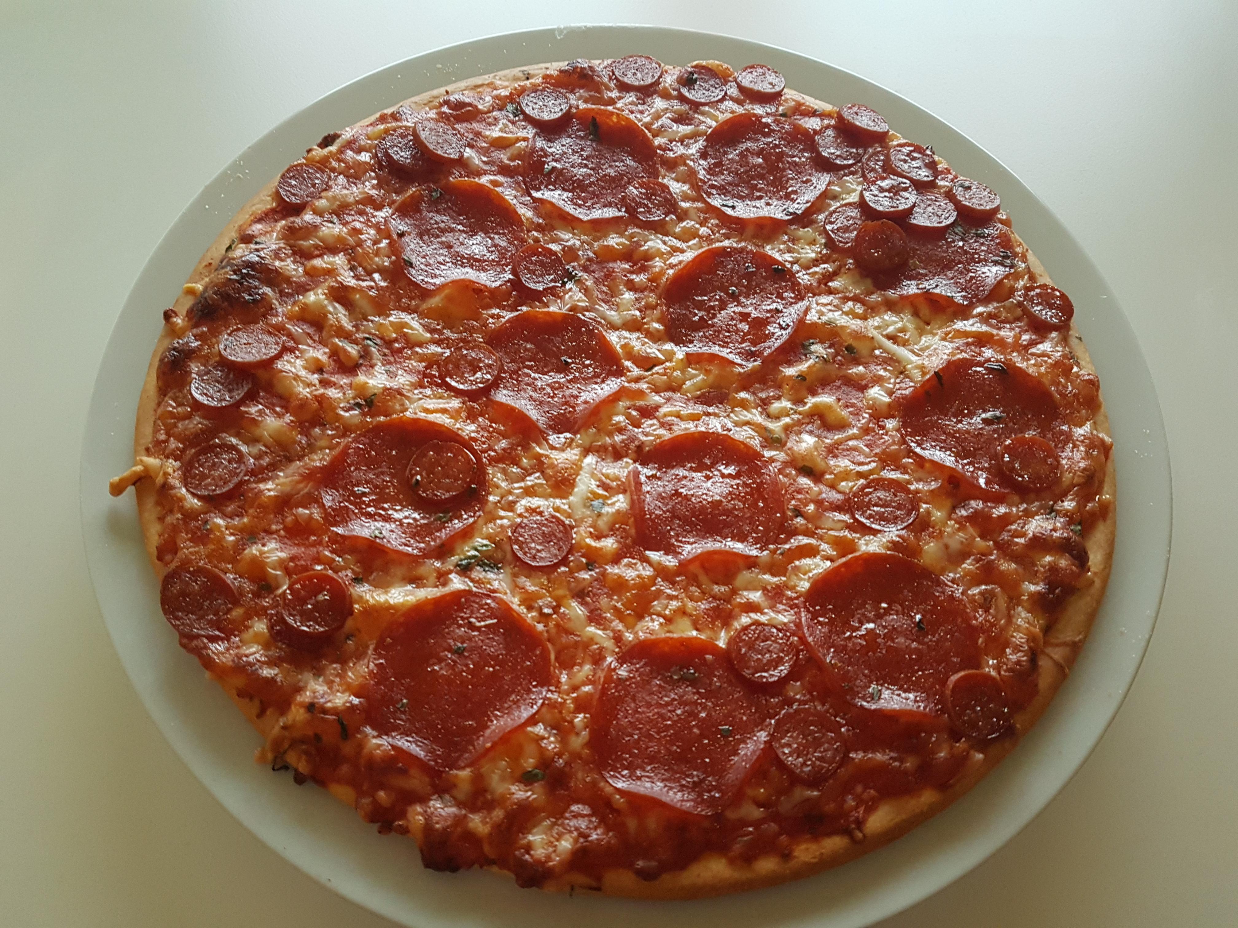 https://foodloader.net/Holz_2019-11-10_Pizza.jpg