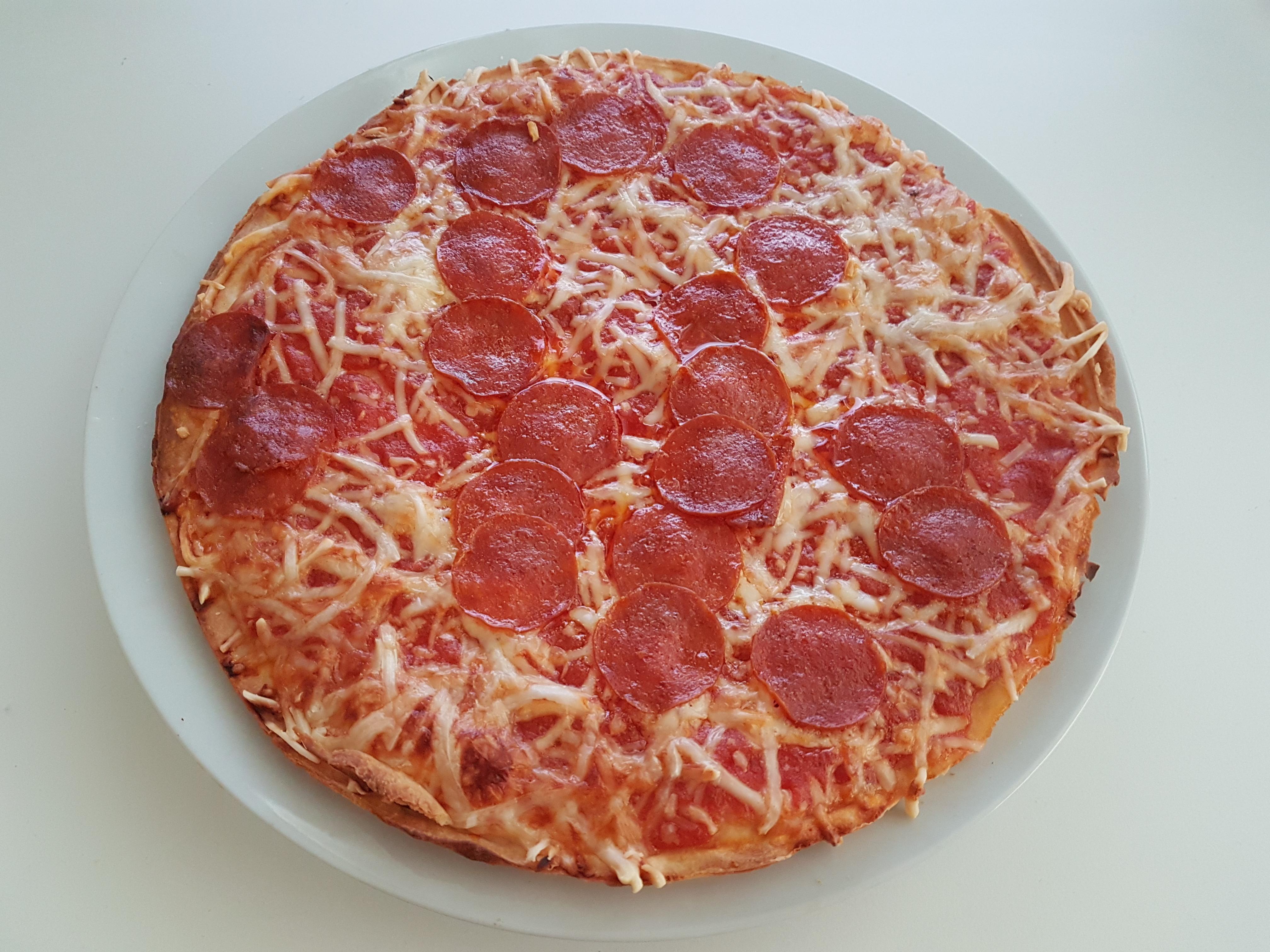 https://foodloader.net/Holz_2019-12-22_Pizza.jpg
