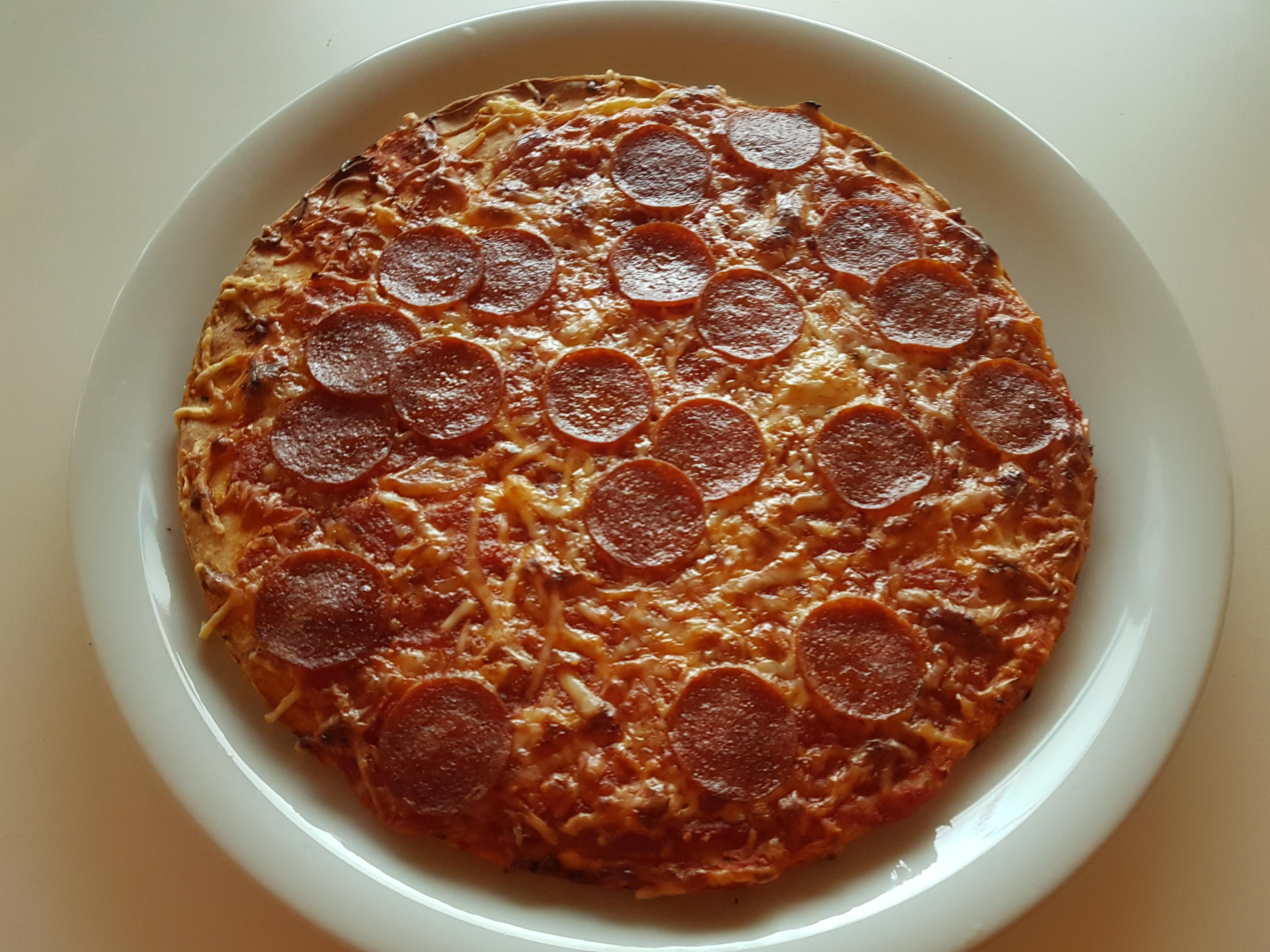 https://foodloader.net/Holz_2019-12-23_Pizza.jpg