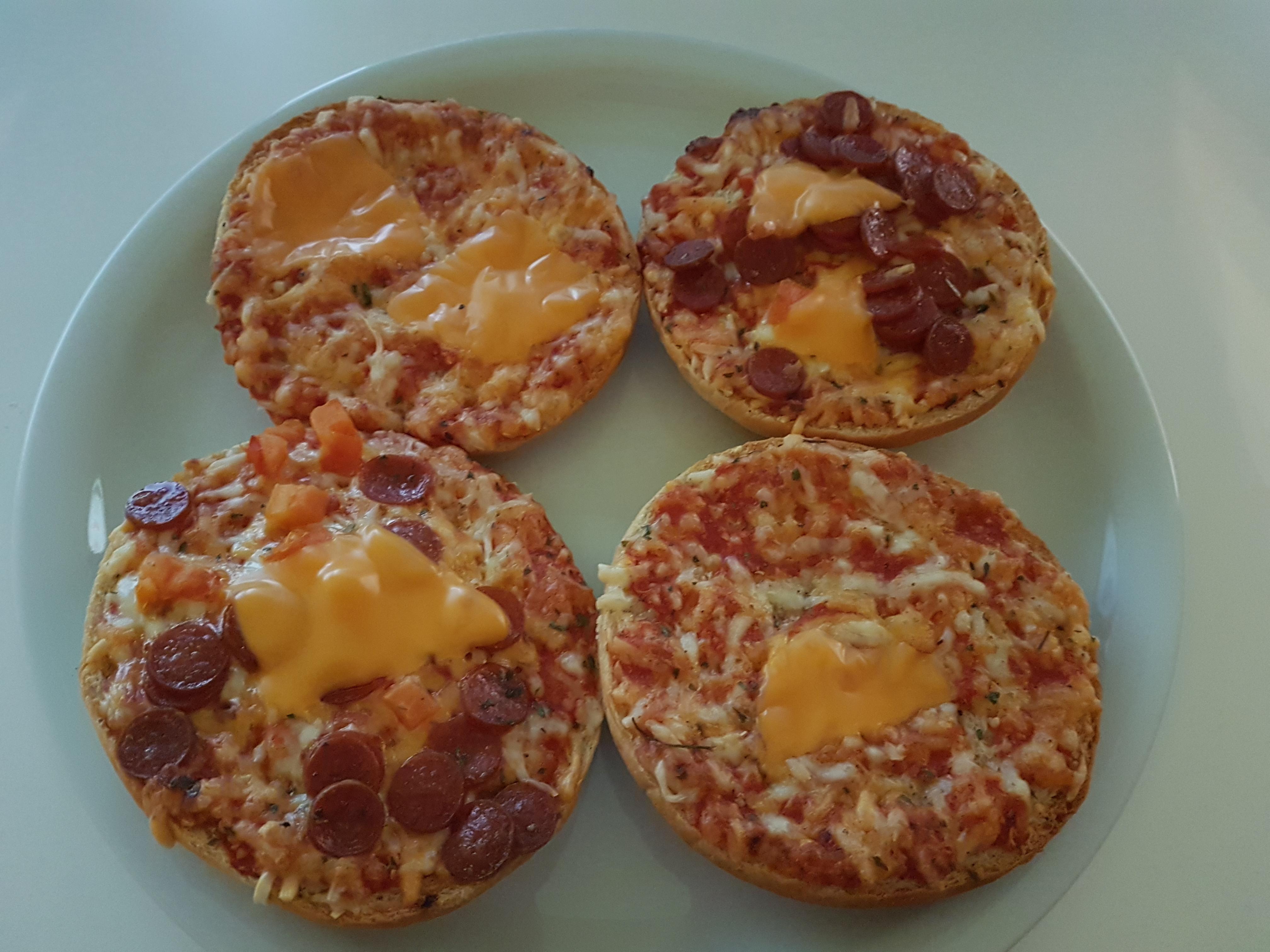 https://foodloader.net/Holz_2020-02-04_Pizzaburger.jpg