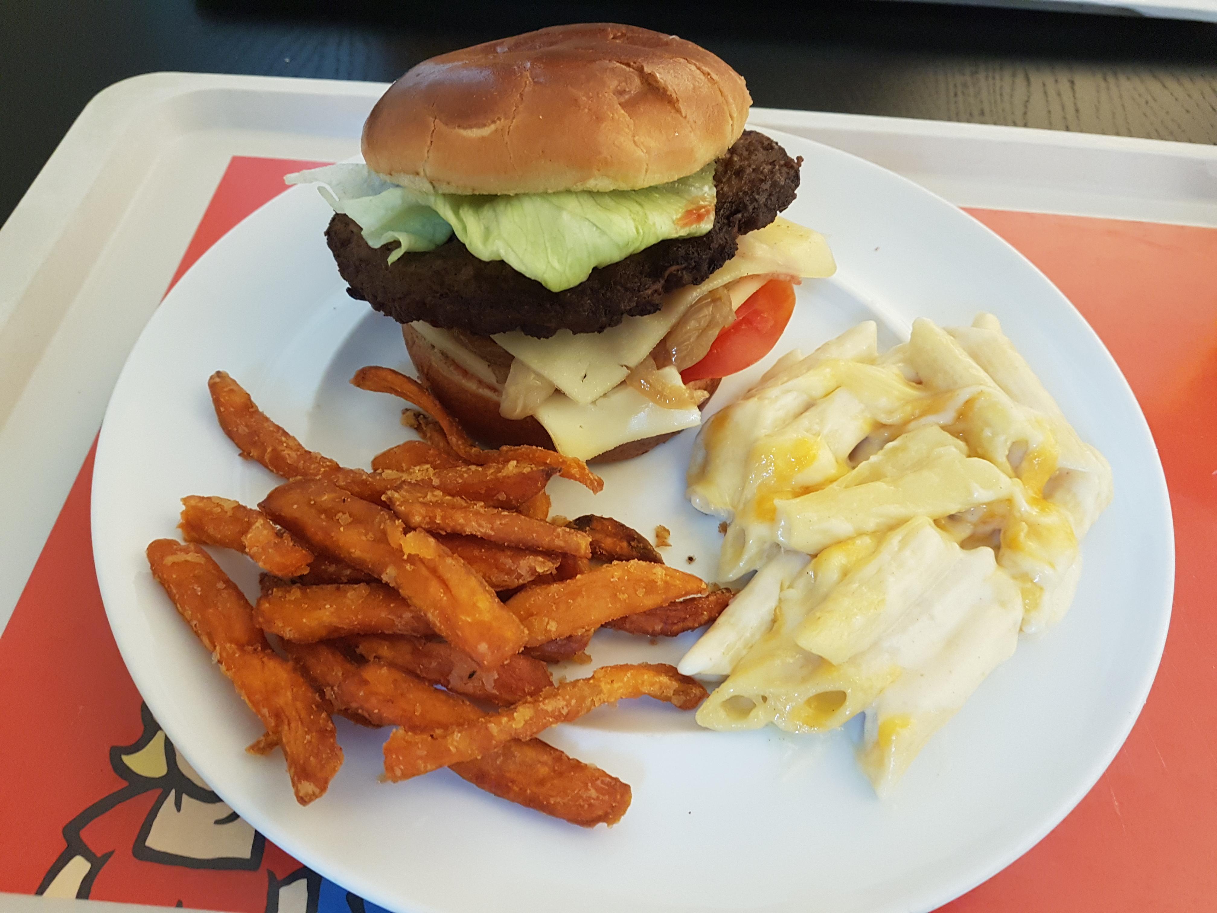 https://foodloader.net/Holz_2020-02-19_Burger.jpg