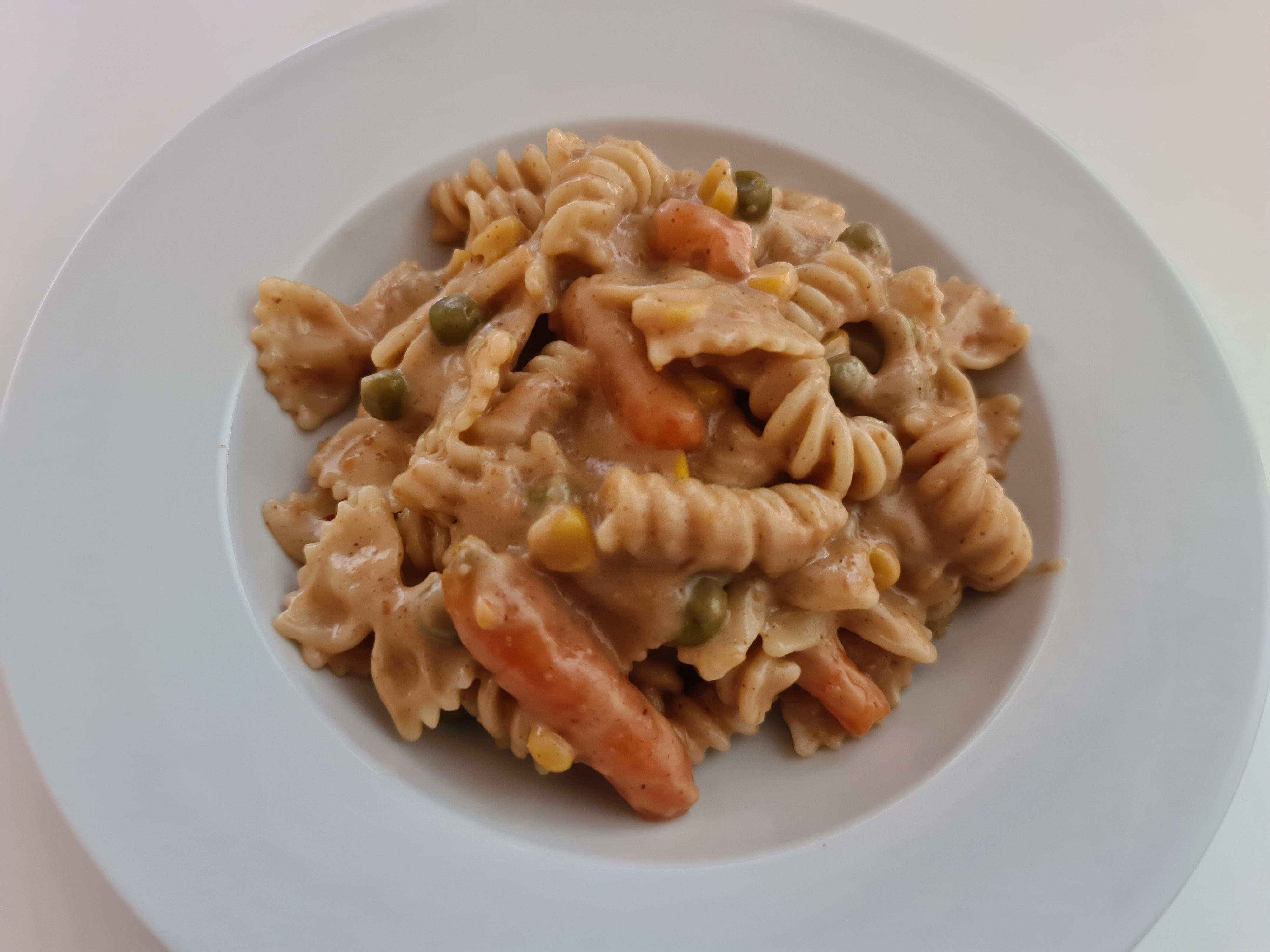 https://foodloader.net/Holz_2020-04-04_Fusilli_e_Farfalle_Sate_con_le_Verdure.jpg