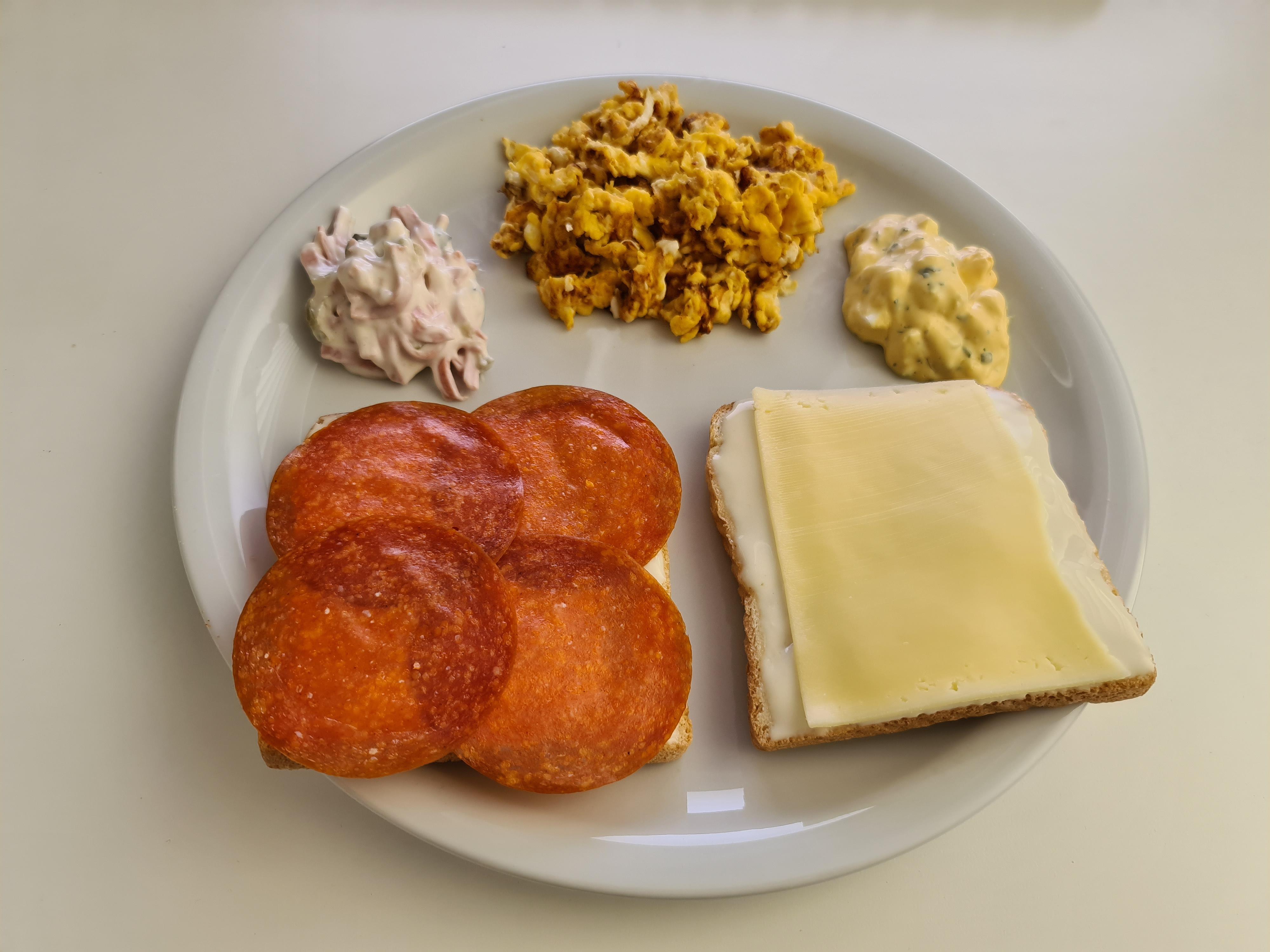 https://foodloader.net/Holz_2020-04-08_Fruehstueck.jpg