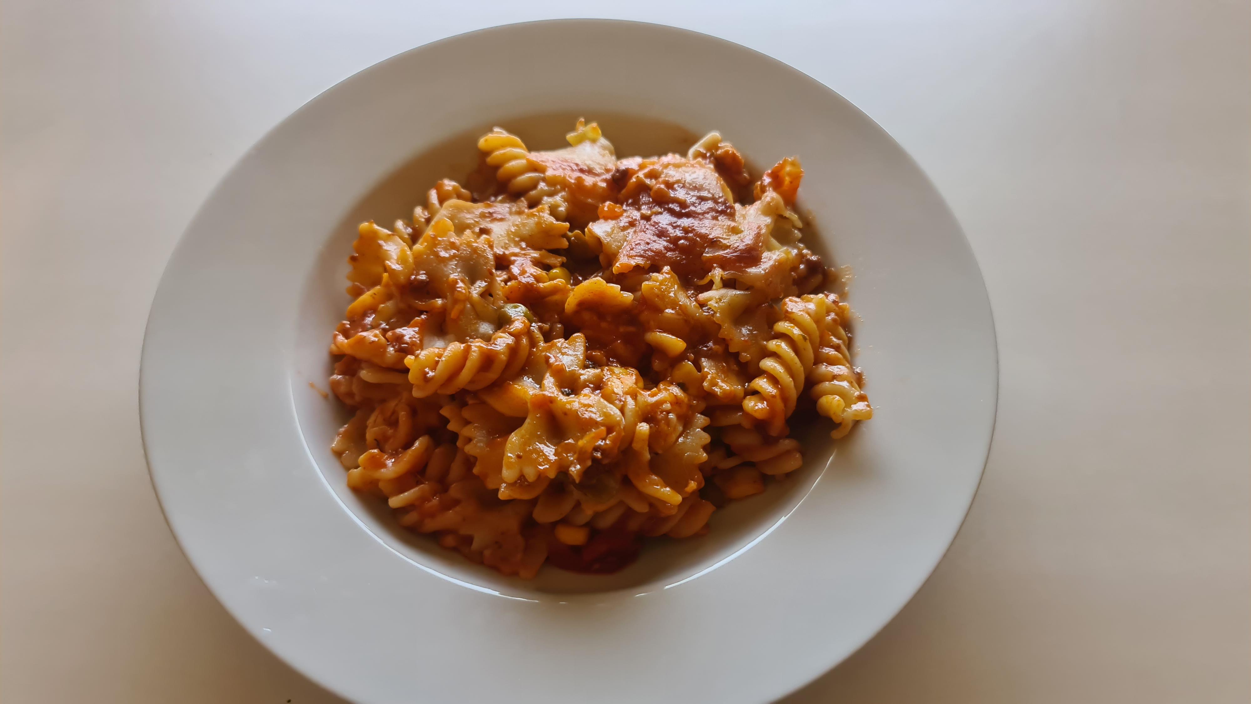 https://foodloader.net/Holz_2020-04-29_Nudelauflauf_2.jpg