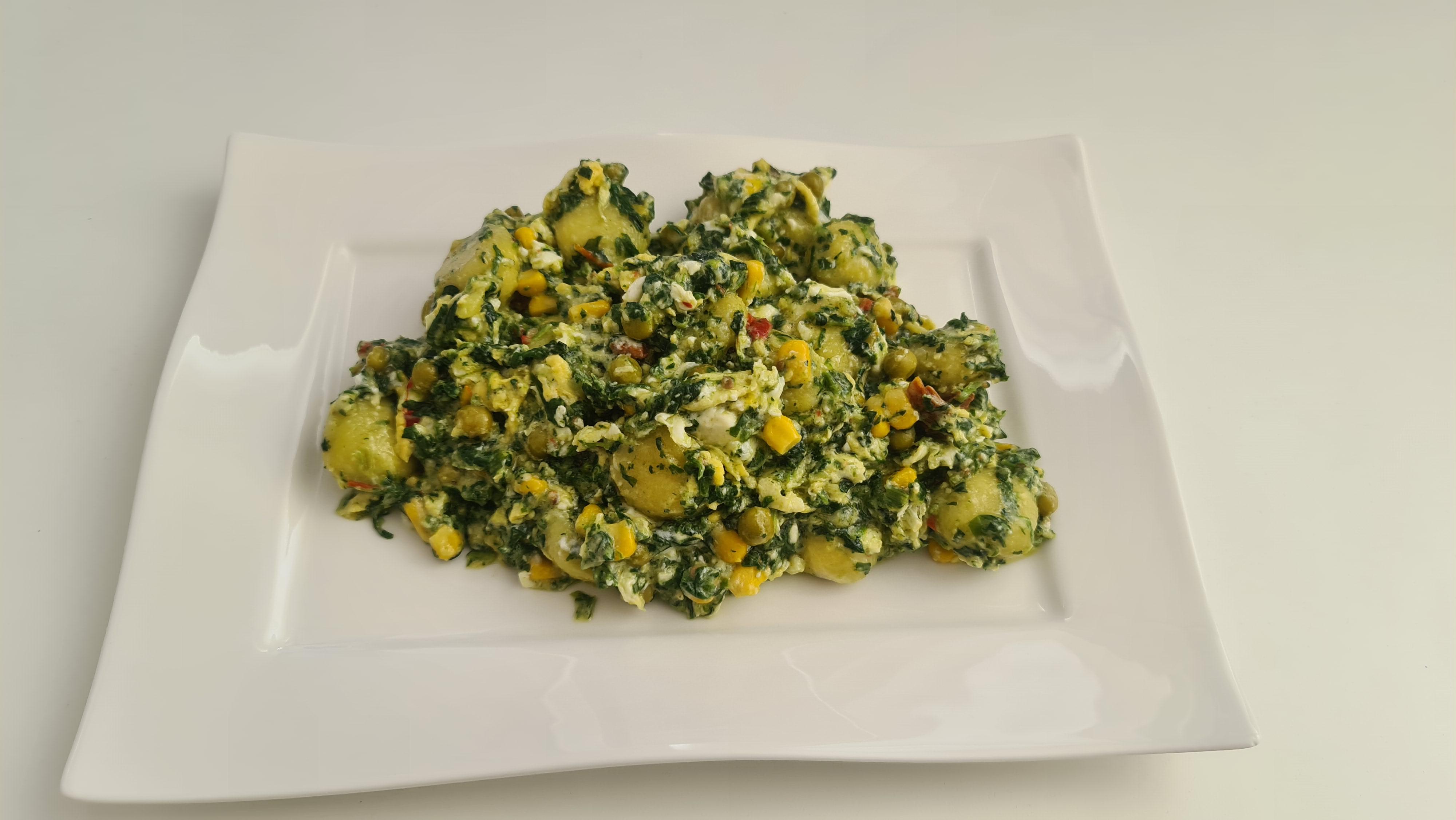 https://foodloader.net/Holz_2020-05-02_Gef__llte_Gnocci_mit_Spinat__Feta_und_Ei.jpg
