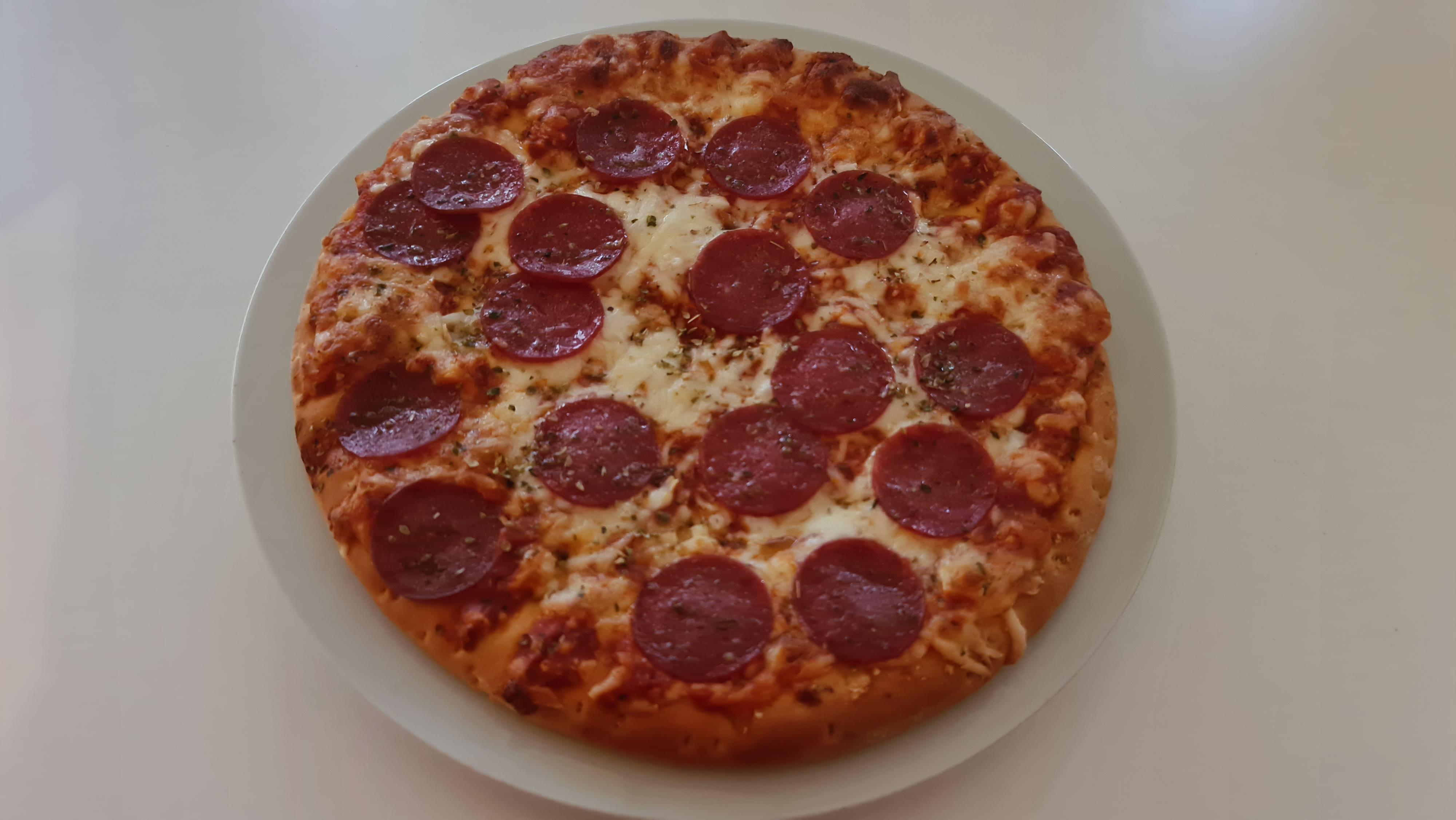 https://foodloader.net/Holz_2020-05-21_Pizza.jpg