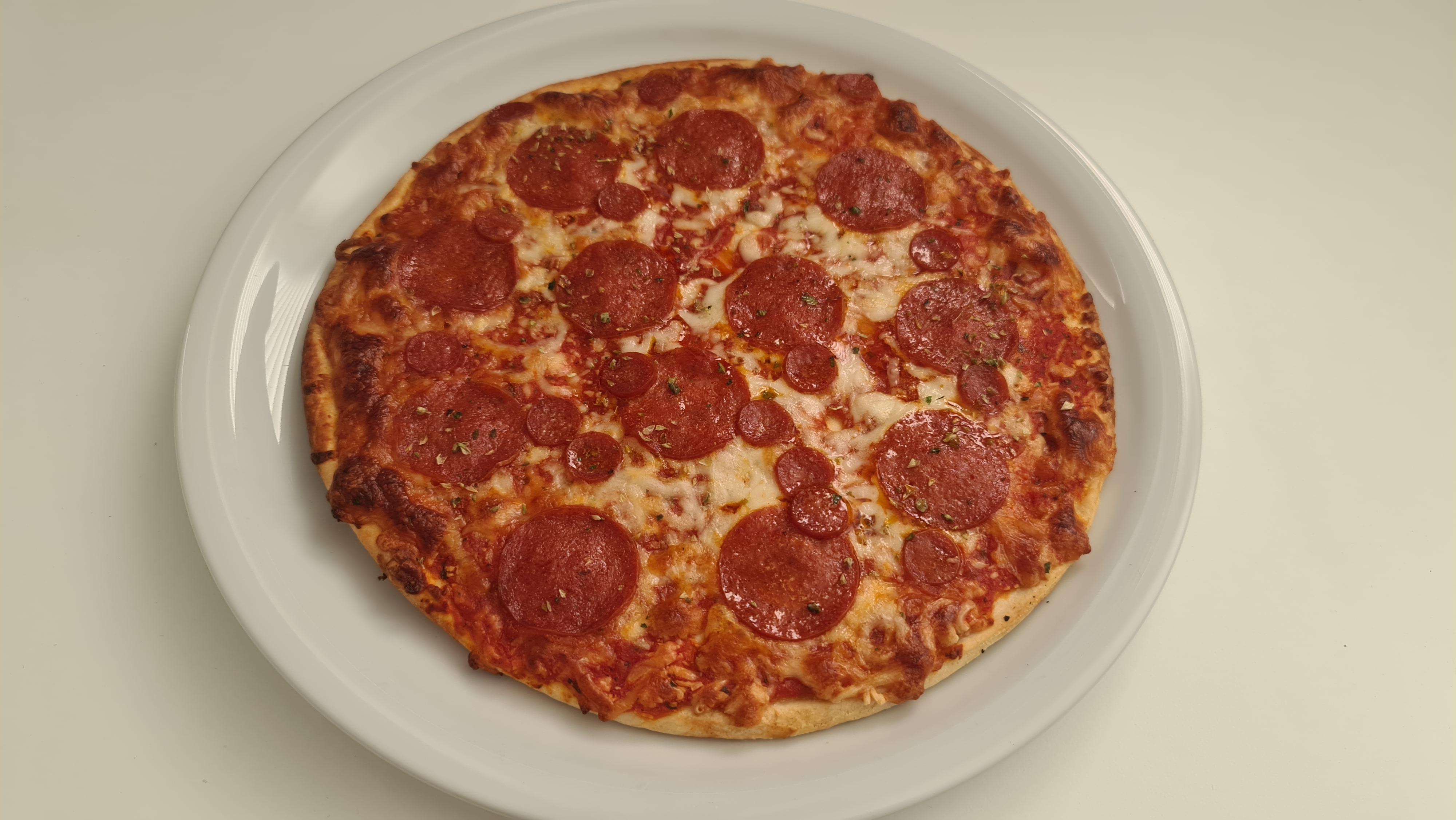 https://foodloader.net/Holz_2020-06-25_Pizza.jpg