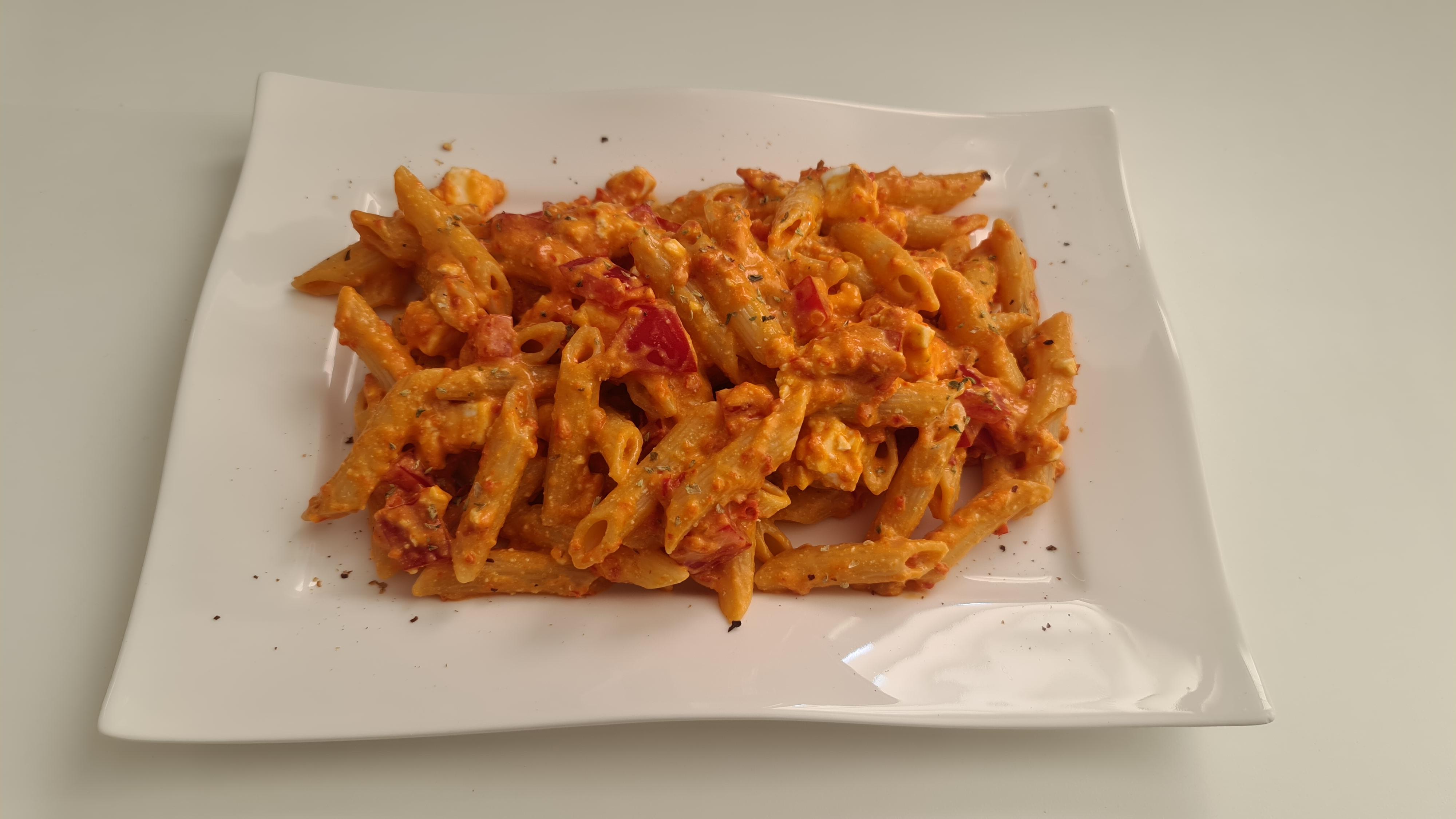 https://foodloader.net/Holz_2020-06-27_Penne_Calabrese.jpg