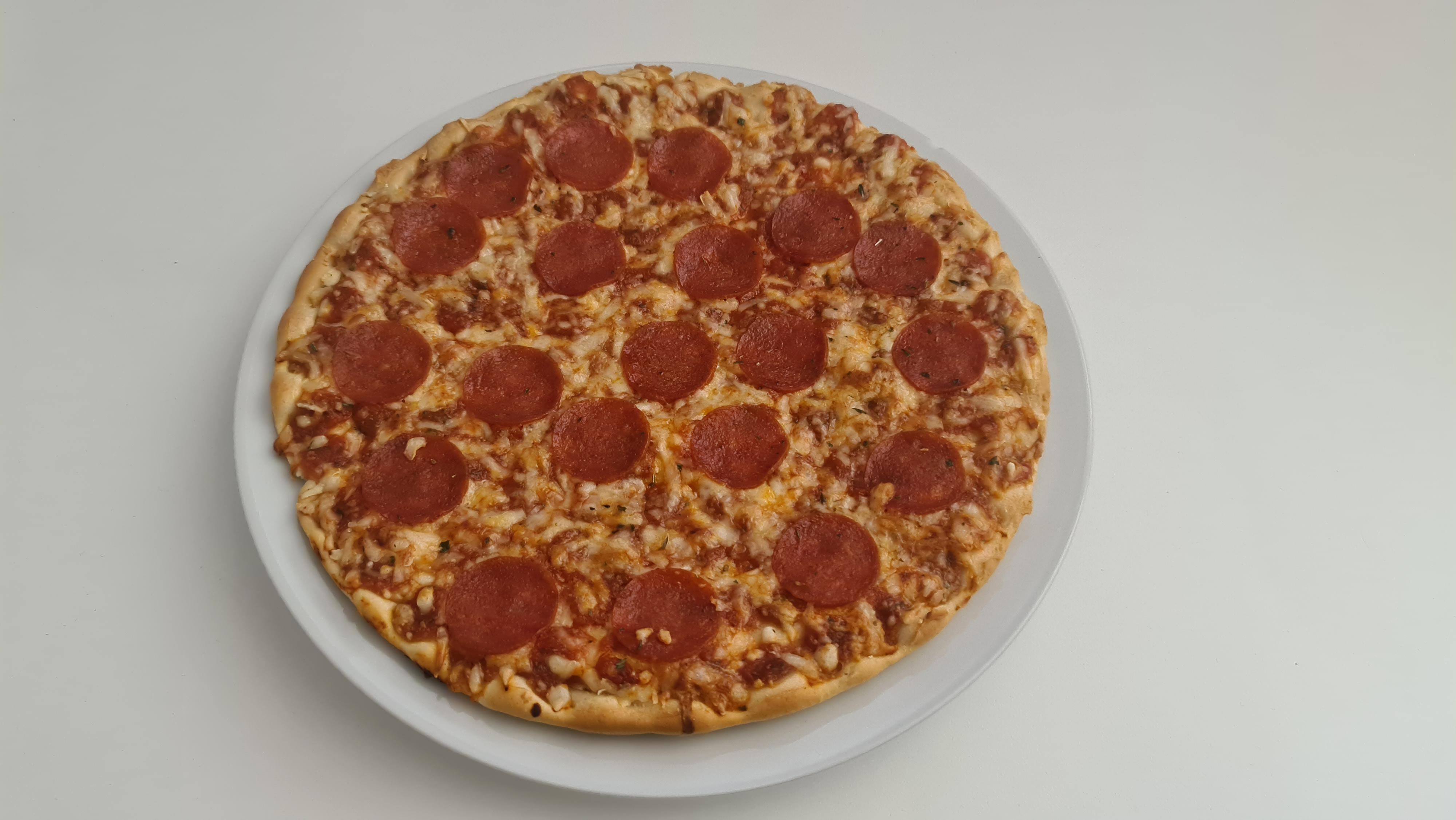 https://foodloader.net/Holz_2020-07-18_Pizza.jpg